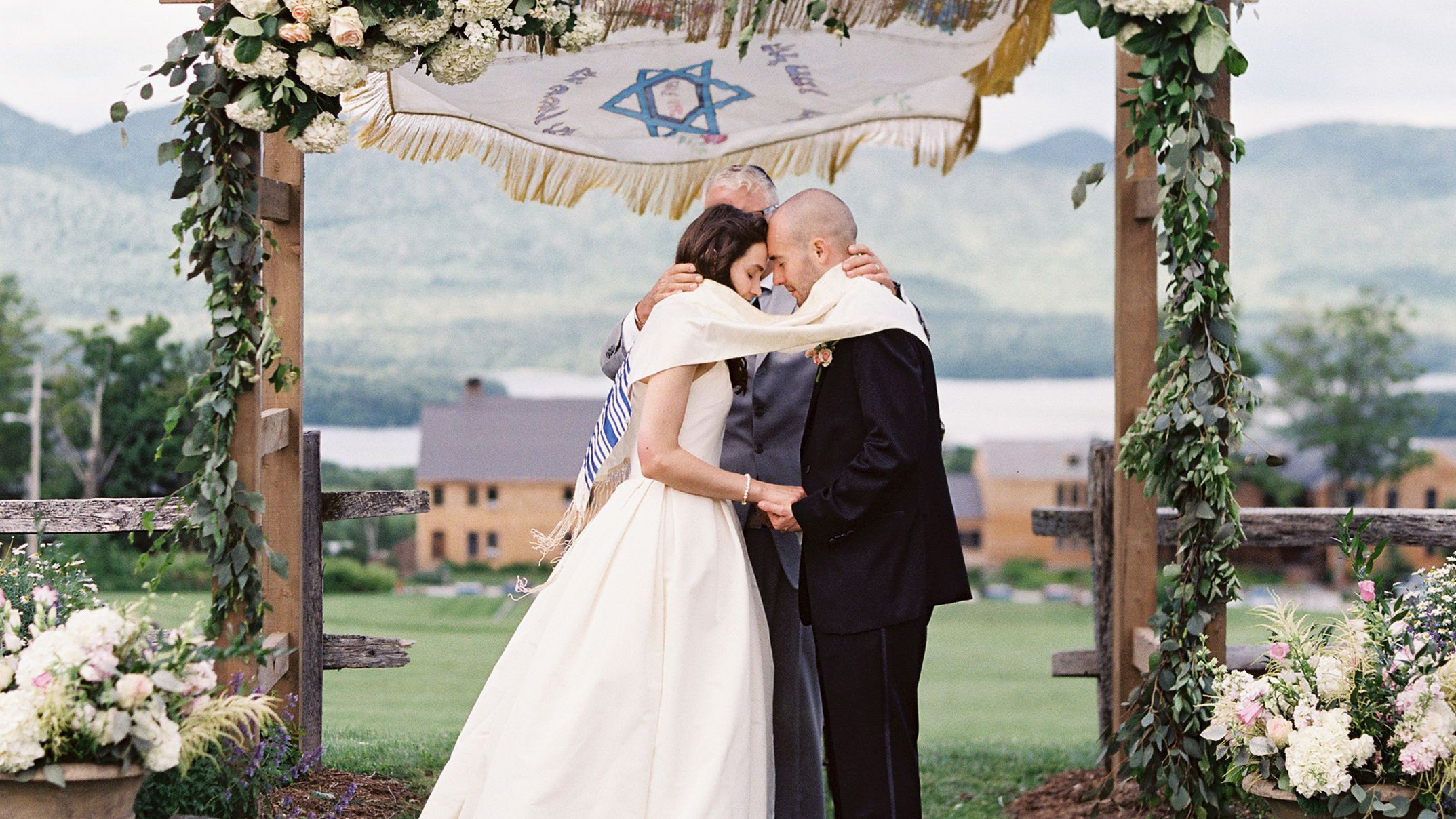 13 Jewish Wedding Traditions And Rituals You Need To Know,African Wedding Guest Dress Styles