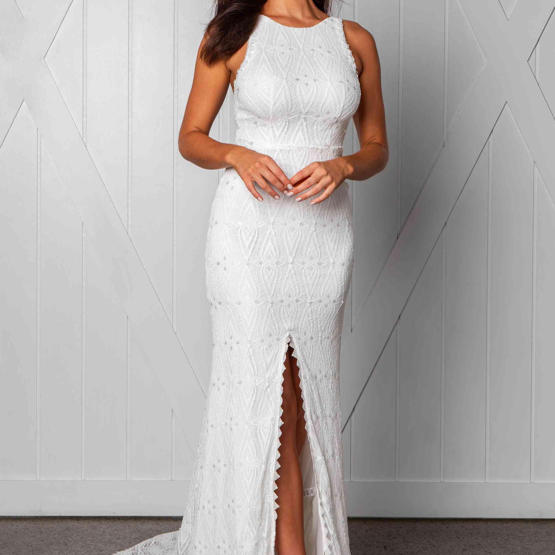 Leon sleeveless wedding dress