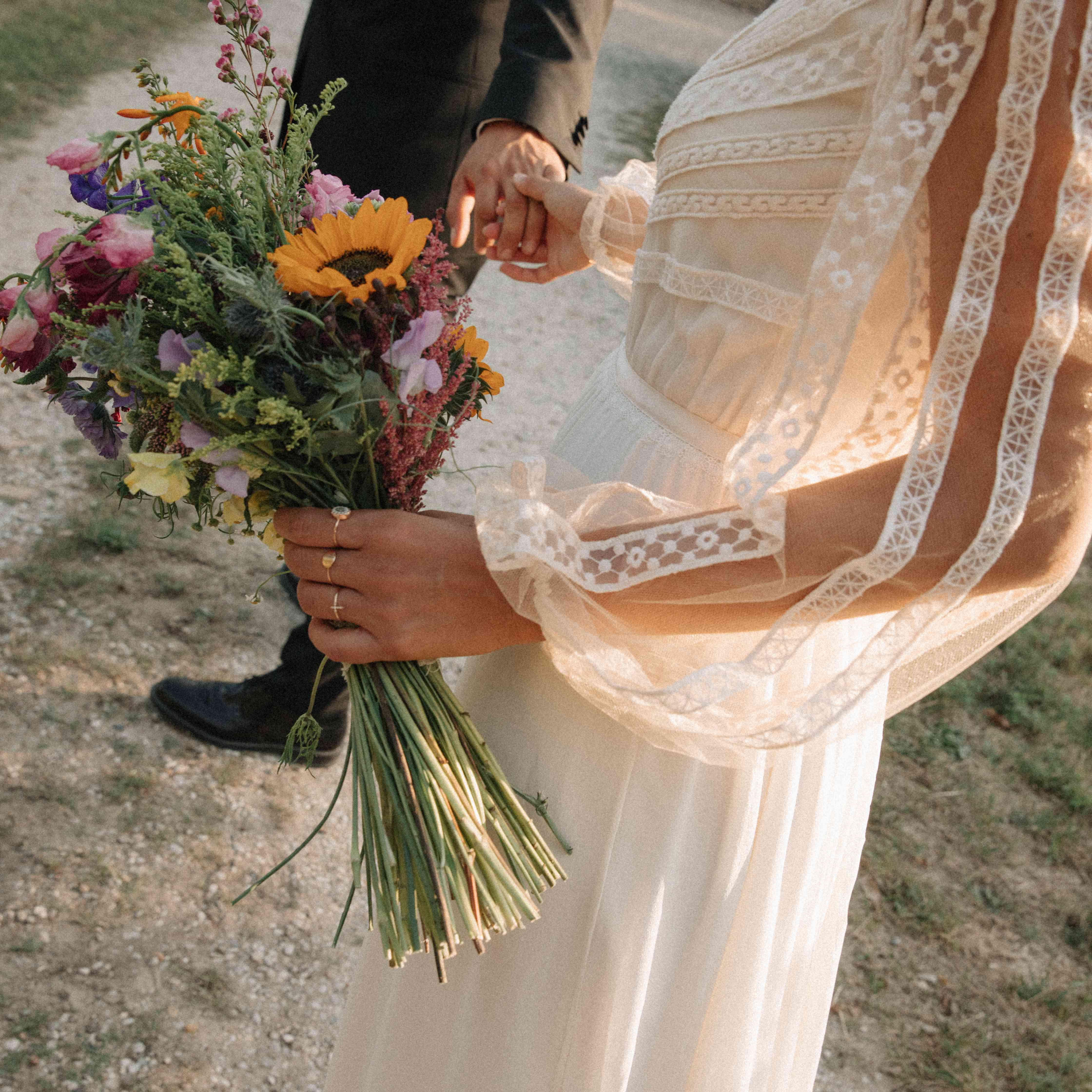 <p>bride's bouquet</p>