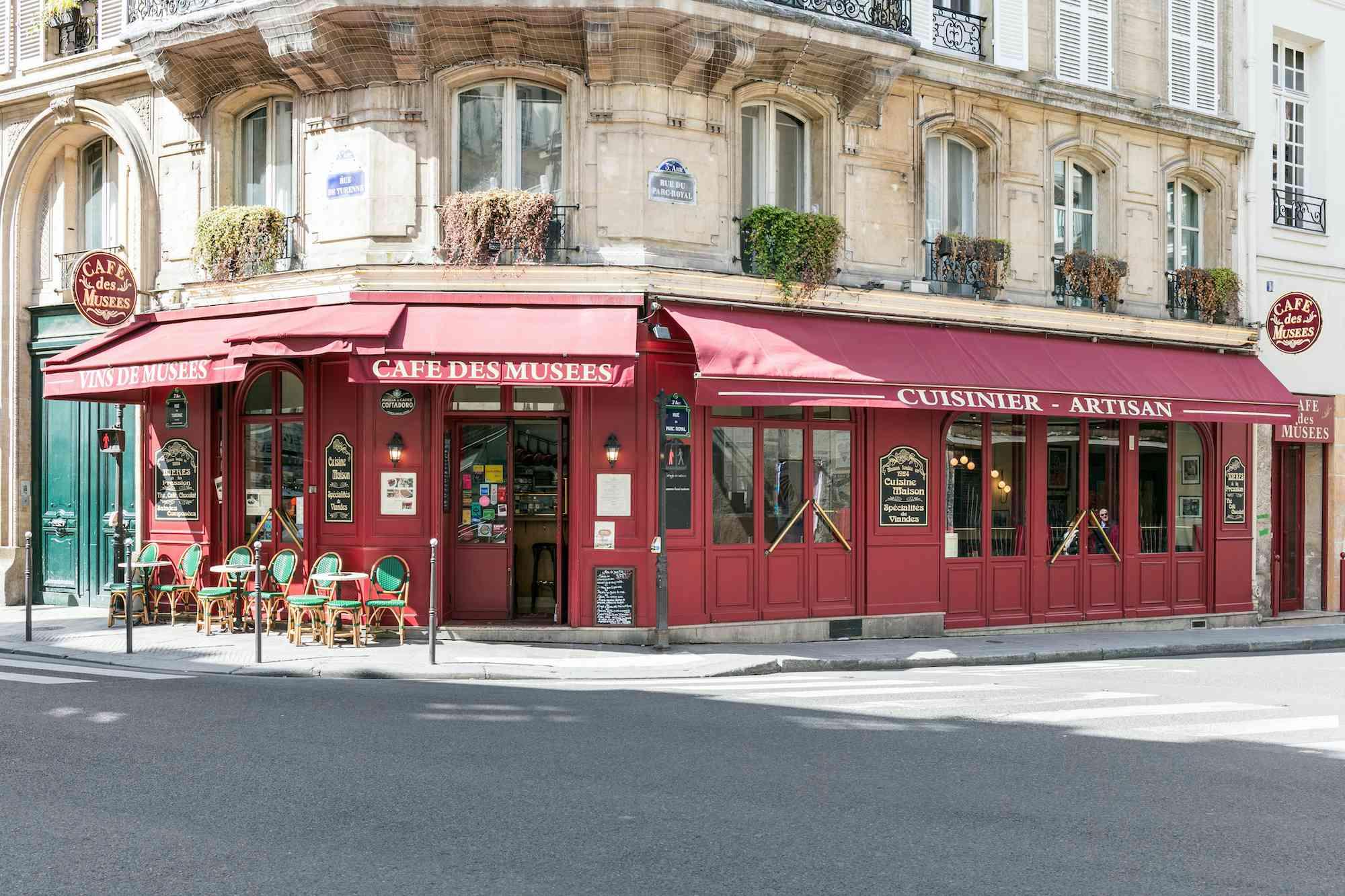 Street view of Café des Musees