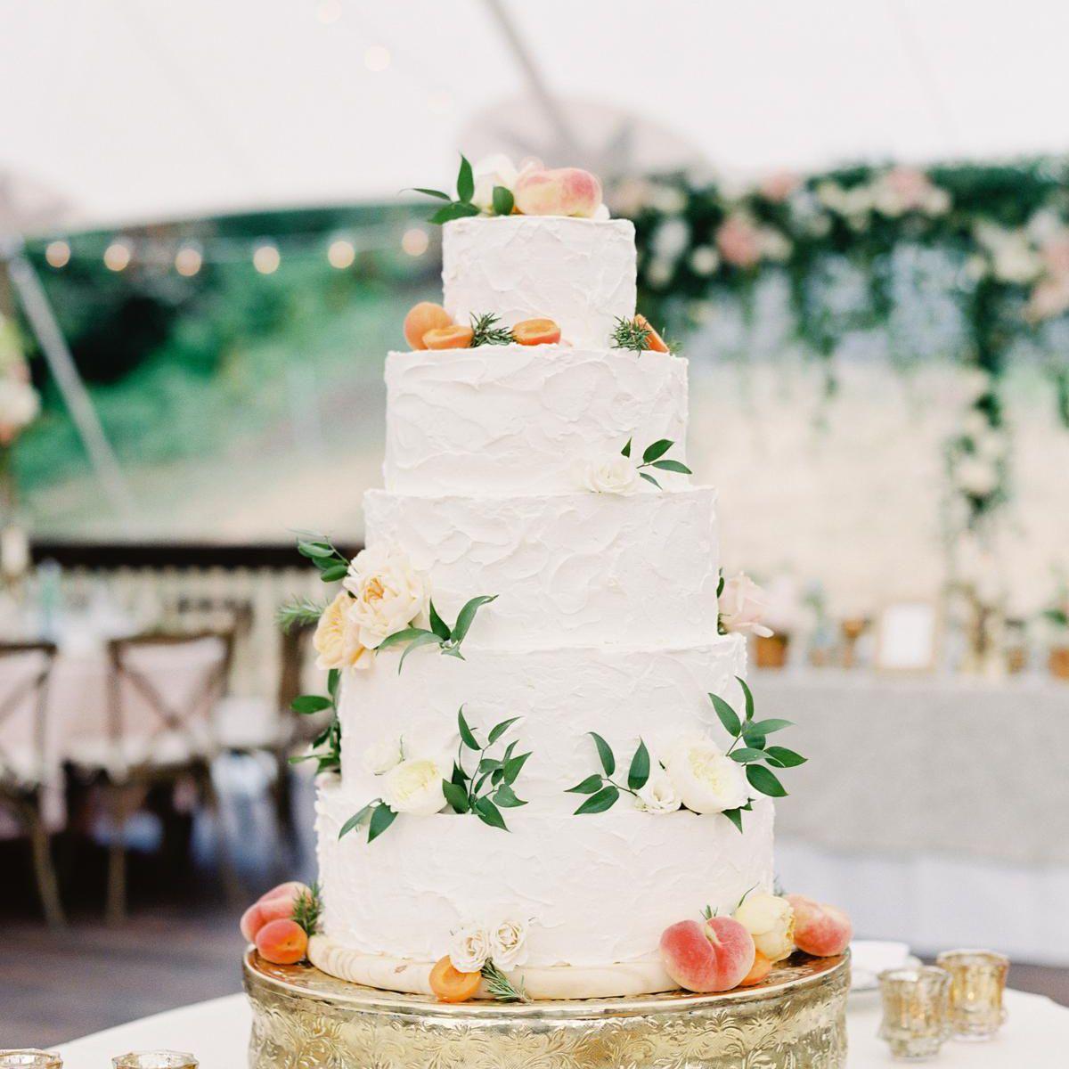 wedding cake with peaches