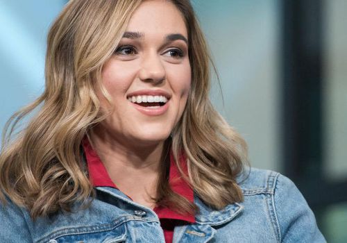 Sadie Robertson visits Build Series to discuss her book 'Live Fearless' at Build Studio on February 6, 2018.