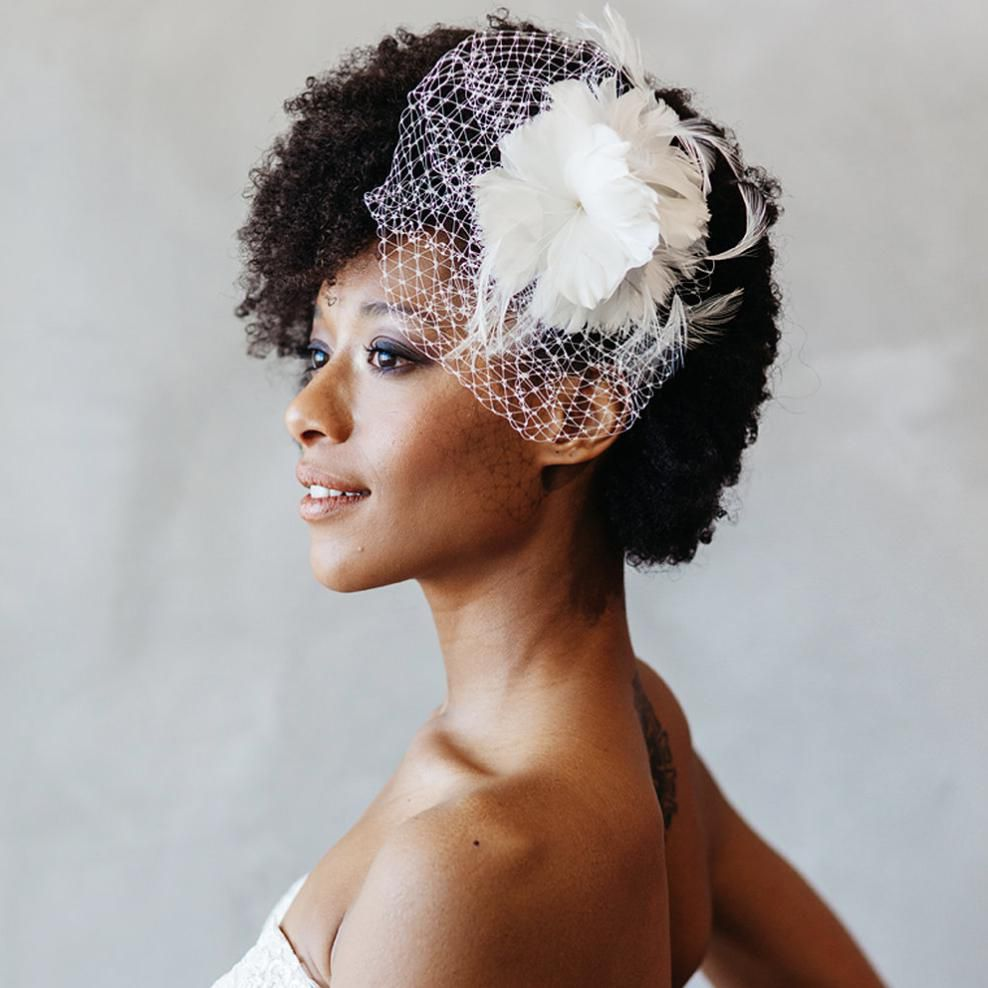 12 Gorgeous Wedding Hair Accessories For Every Type Of Bride