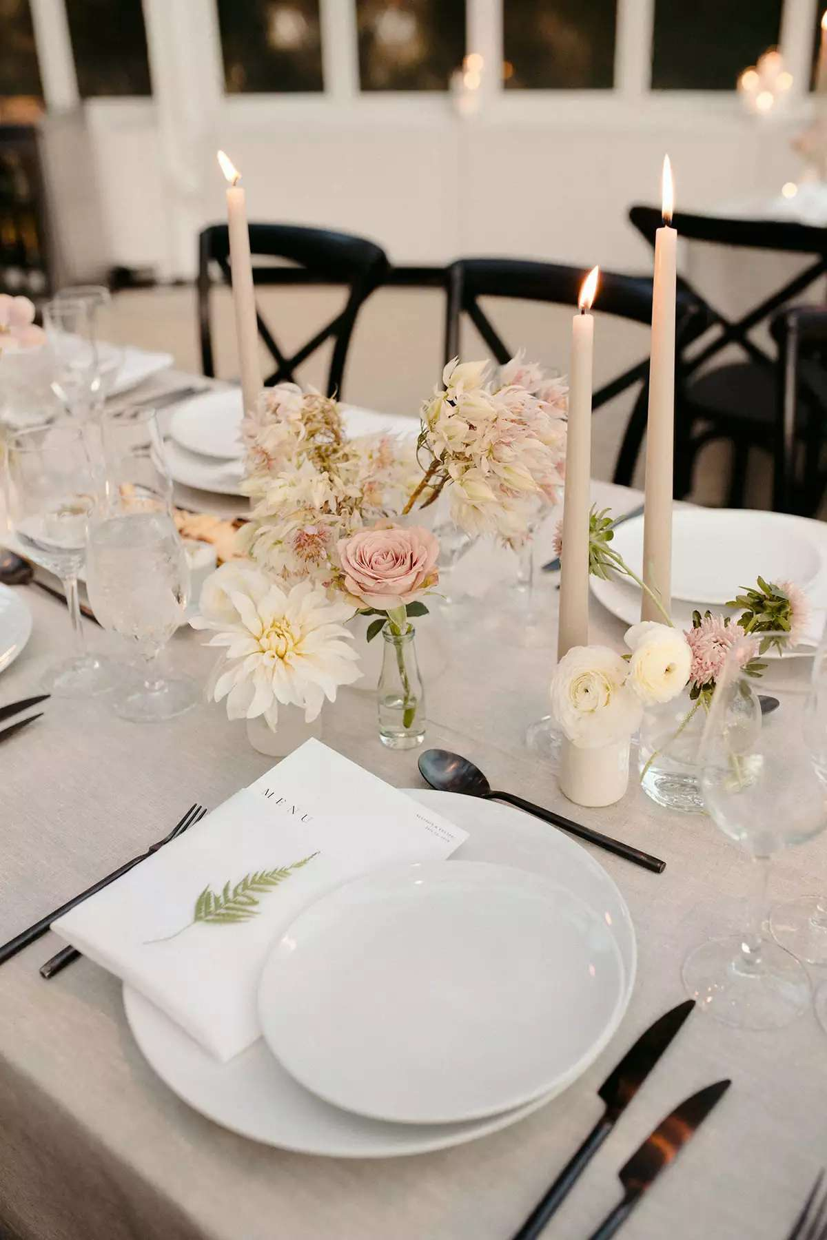 bud vase centerpieces with dahlias
