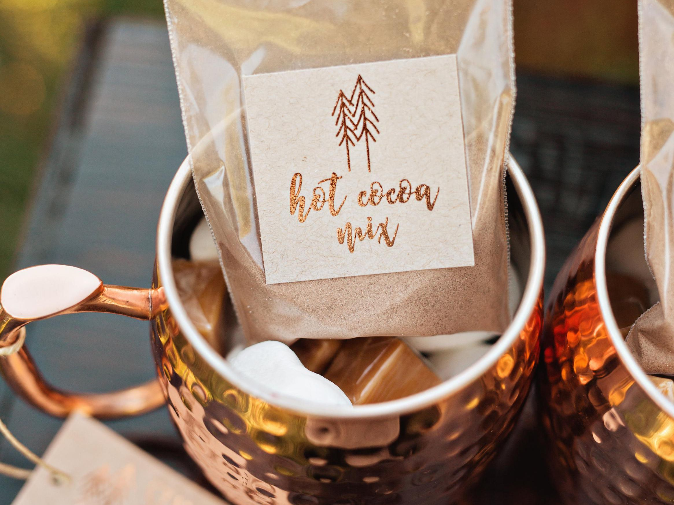 13 Diy Wedding Favors Even The Least Crafty Couples Can Conquer
