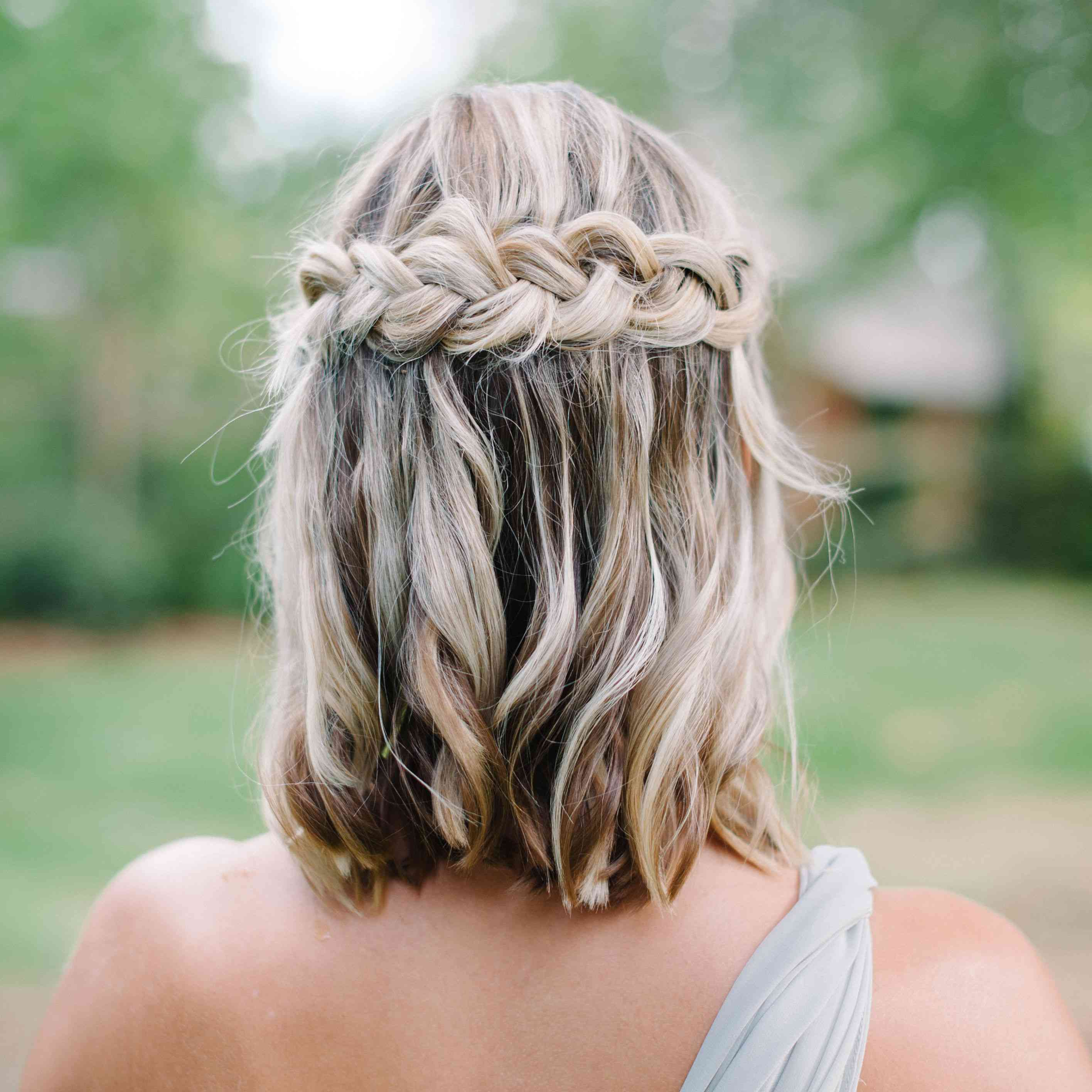 11 Stunning Wedding Hairstyle Ideas for Lobs