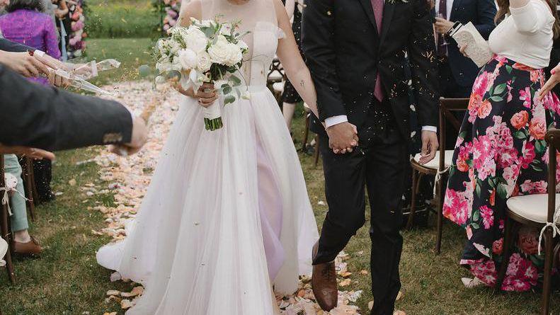 53 Sweet Spring Wedding Ideas For Our Favorite Season