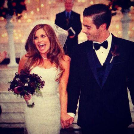 Danielle Fishel Wedding.Danielle Fishel Was Criticized For Looking Fat On Her Wedding Day
