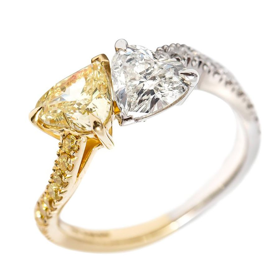 1stDibs Tresor Paris 2.01 CT Double Heart Shape 18 KT Yellow Gold Platinum Diamond Engagement Ring