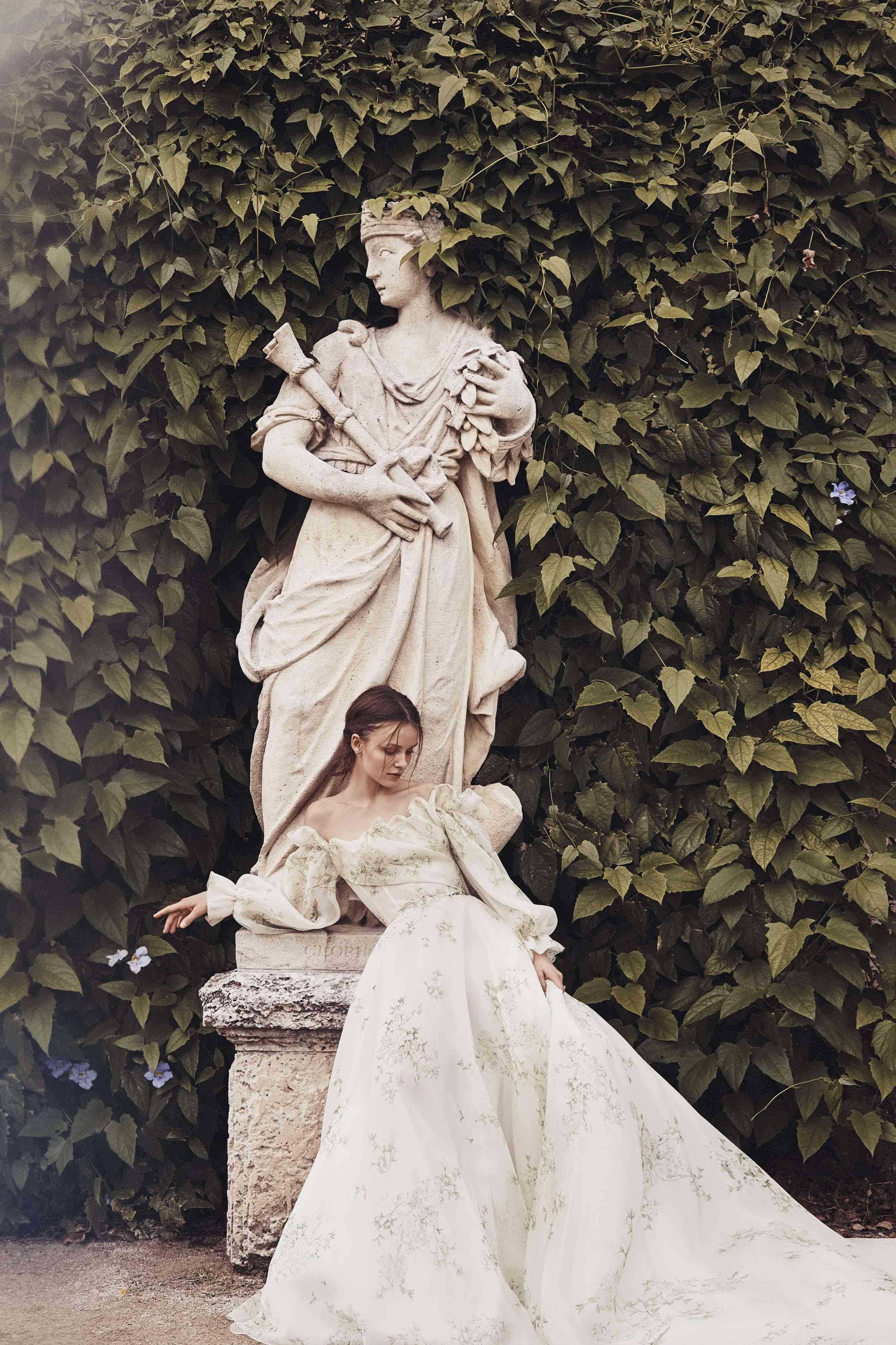 Renaissance bridal dress 2020