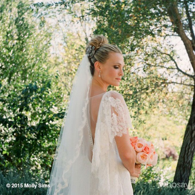 Molly Sims marries Scott Stuber in Marchesa, 2011