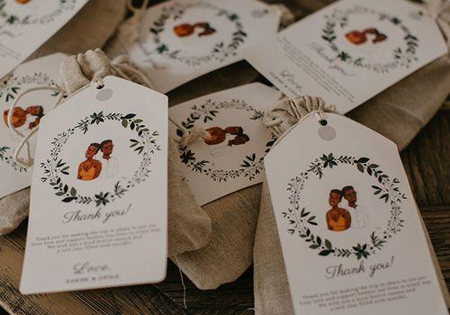 Custom burlap wedding favor bags