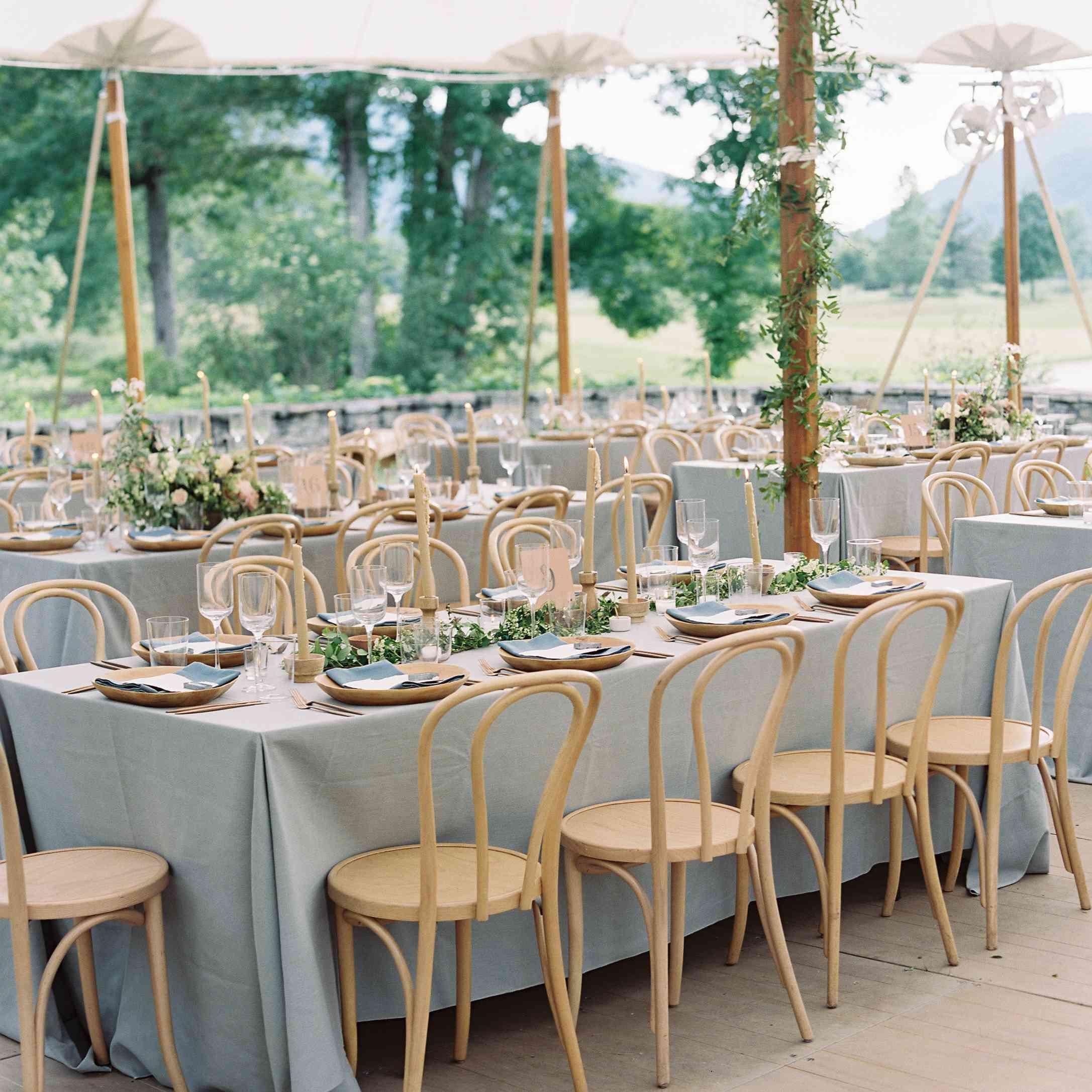 <p>Reception dinner tables</p>