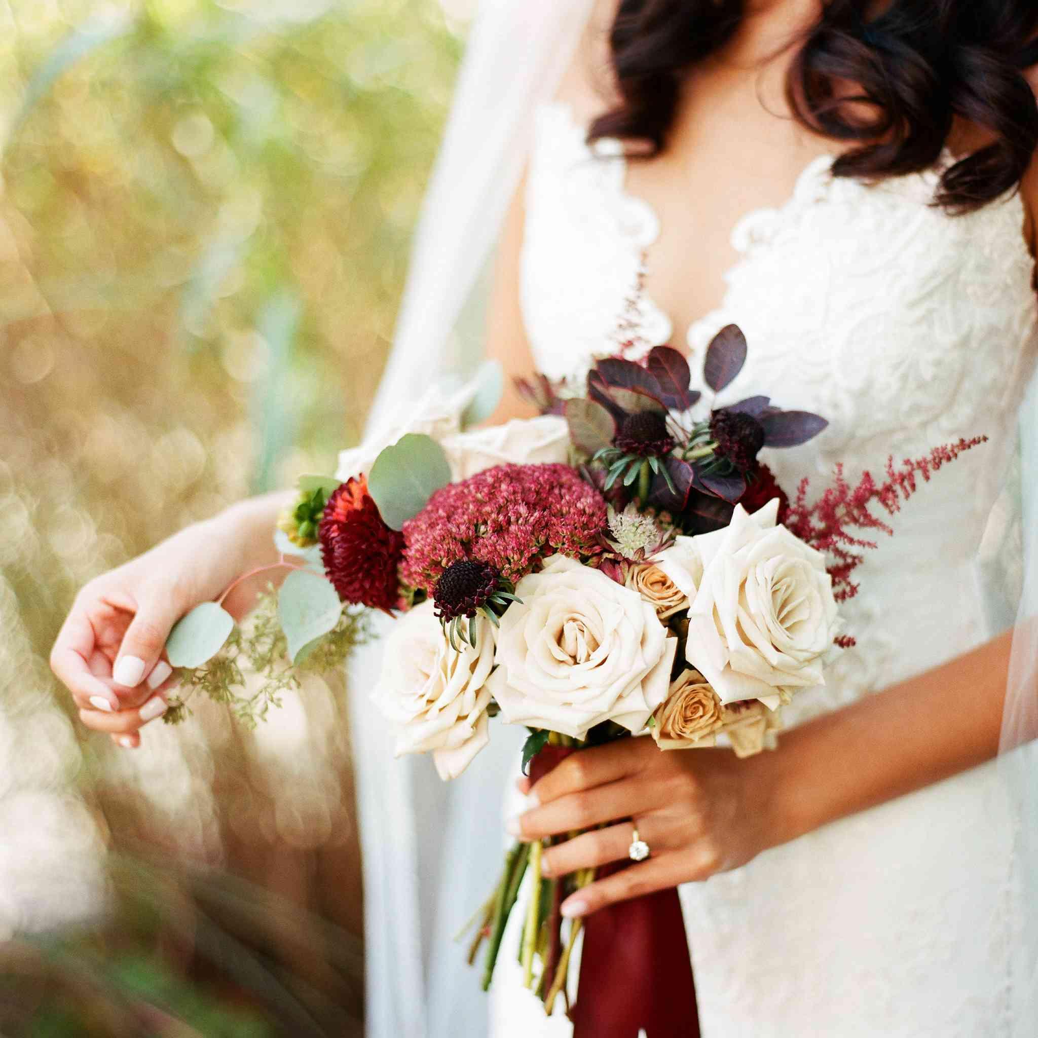 <p>bride's fall bouquet</p><br><br>