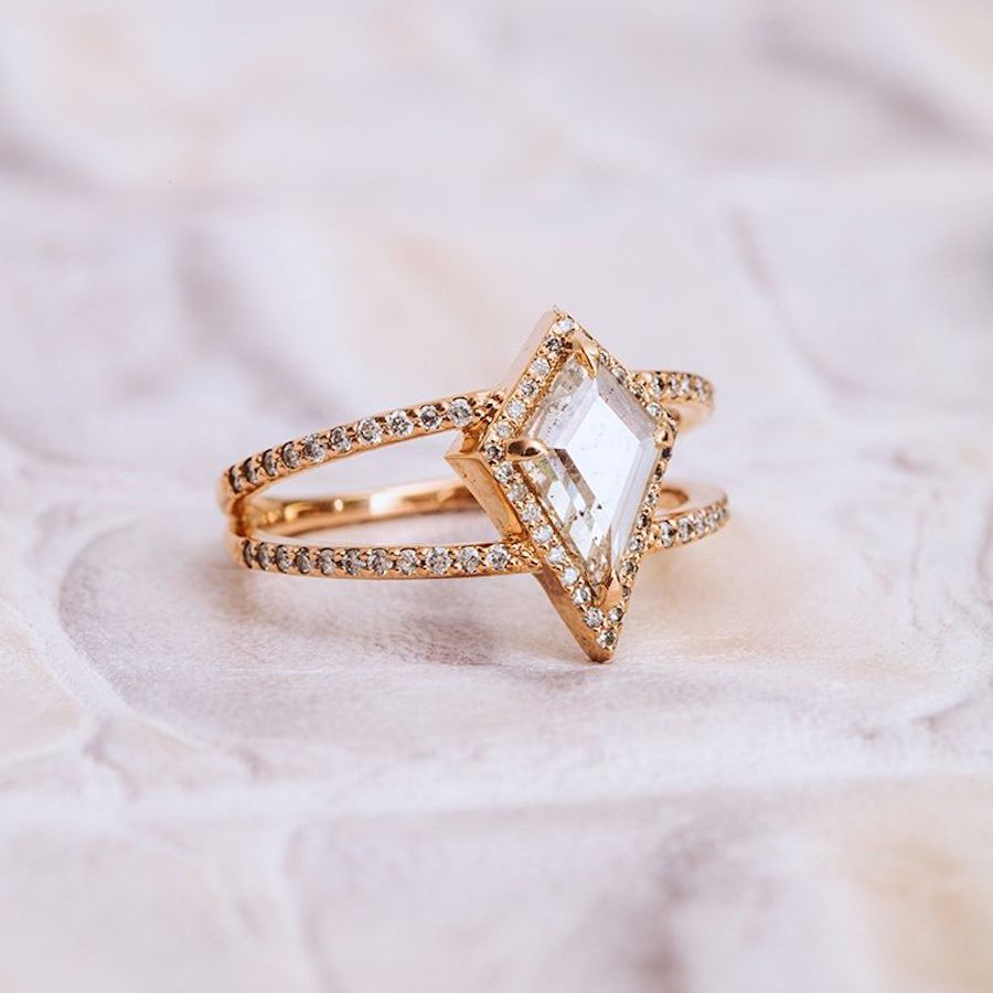 Apres Jewelry The Beatrix Ring Shield Cut