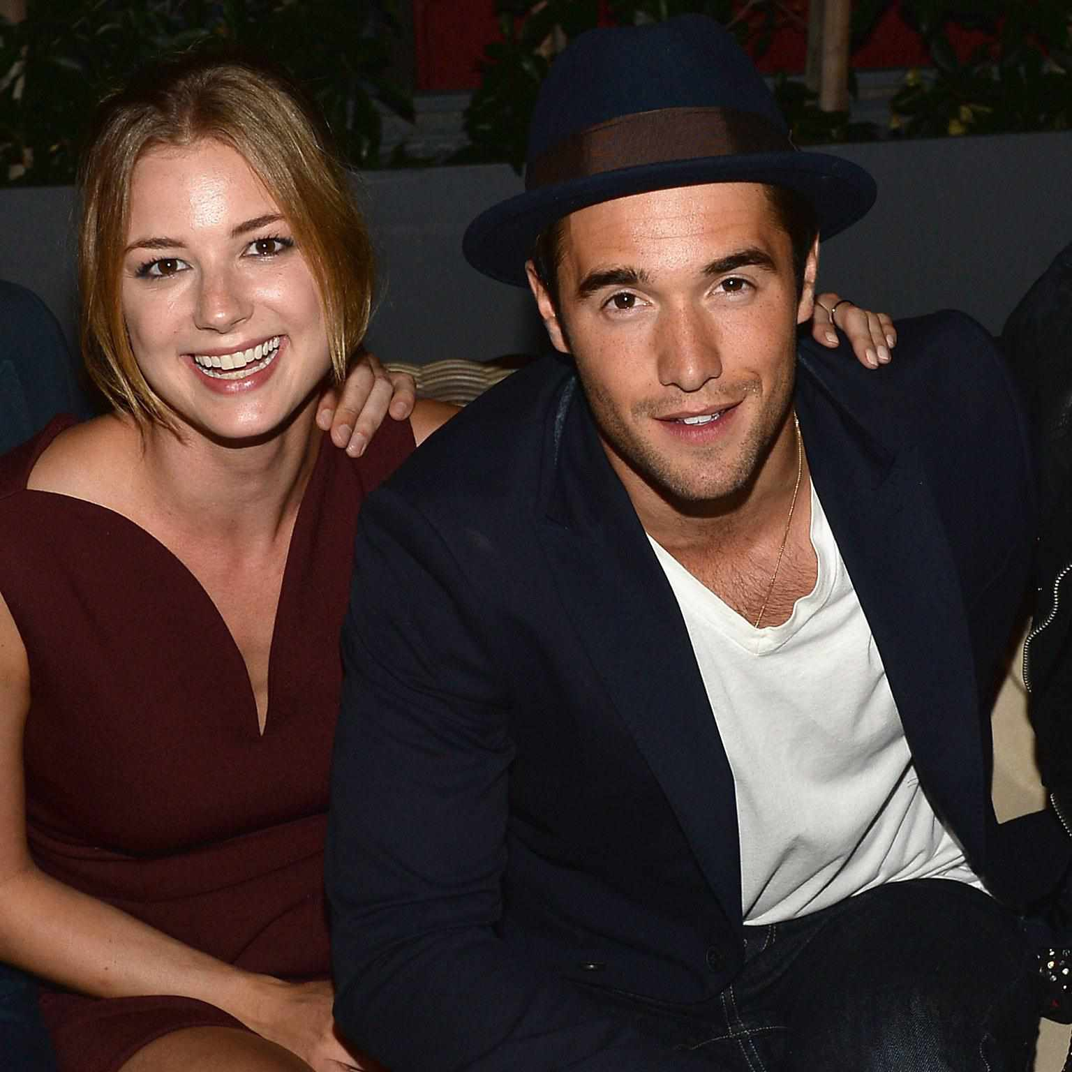 are emily and daniel from revenge still dating in real life