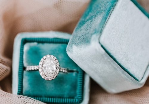 Engagement ring in Tiffany's box