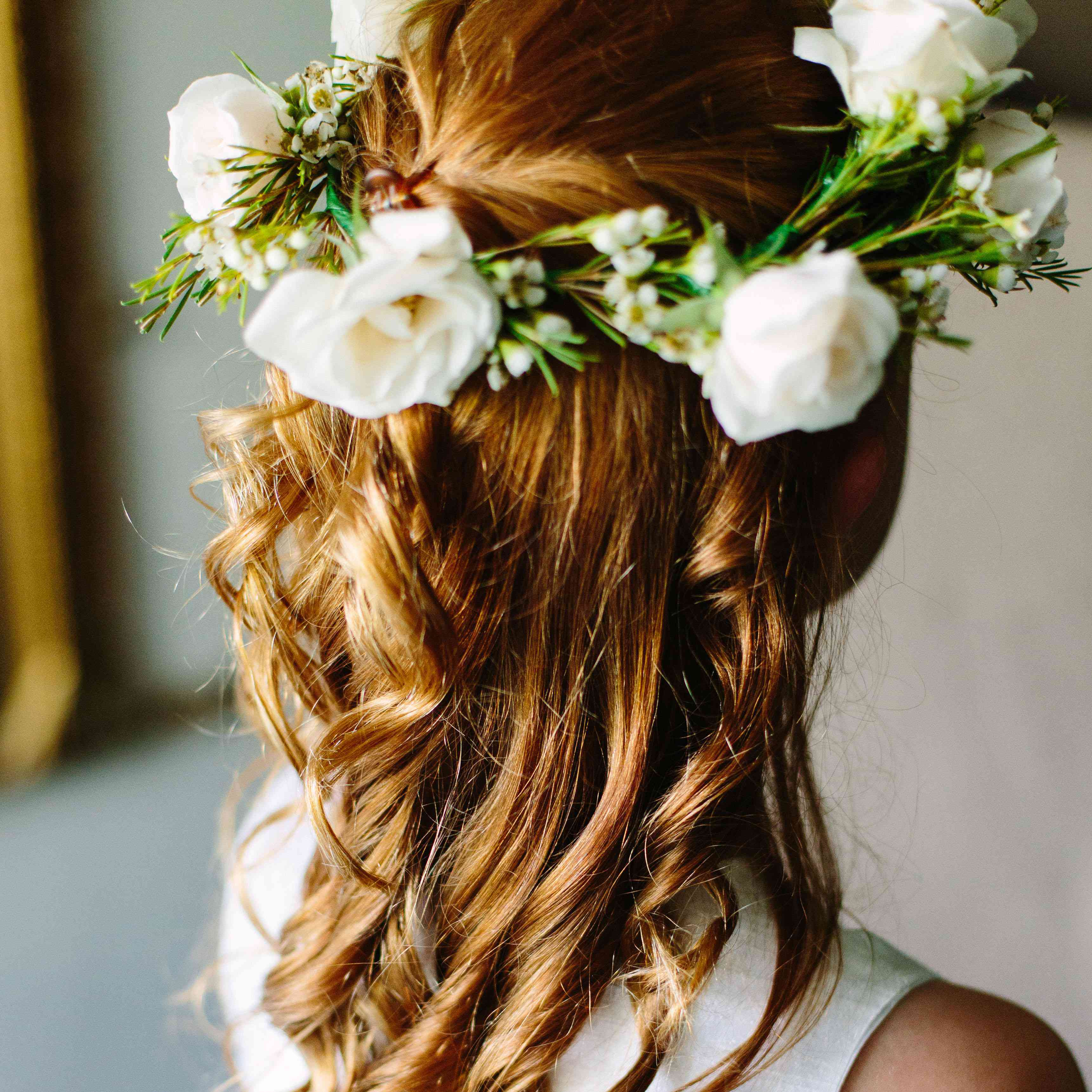 An Easy Diy Flower Crown Tutorial That Even Non Boho Brides
