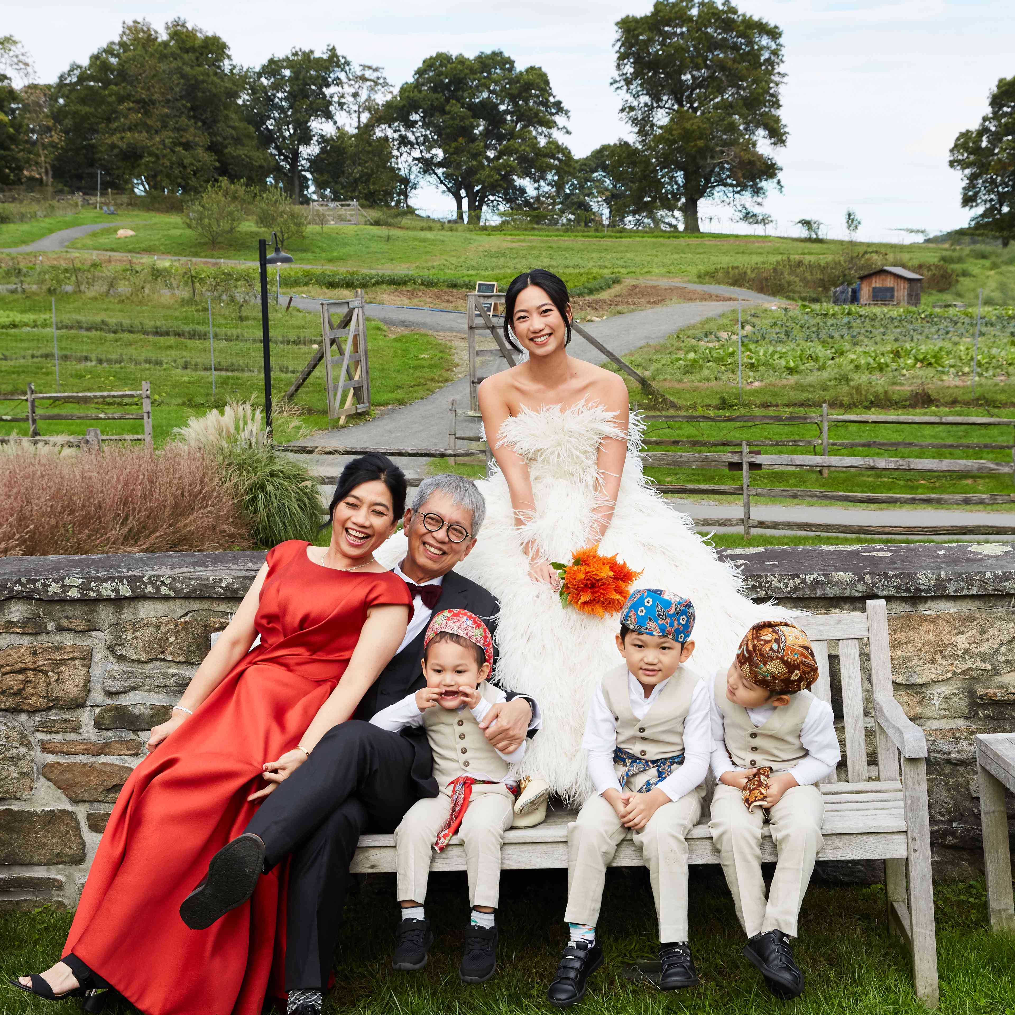 <p>bride with family</p><br><br>