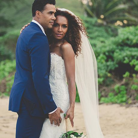 TV host and transgender icon, Janet Mock, marries Aaron Tredwell in Hawaii, 2015