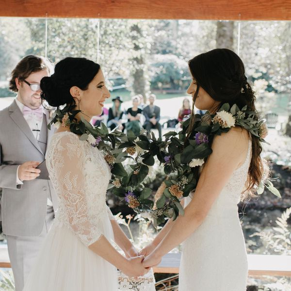 Ideas For A Small Wedding Ceremony: Handfasting Wedding Ceremony 101: Everything You Need To