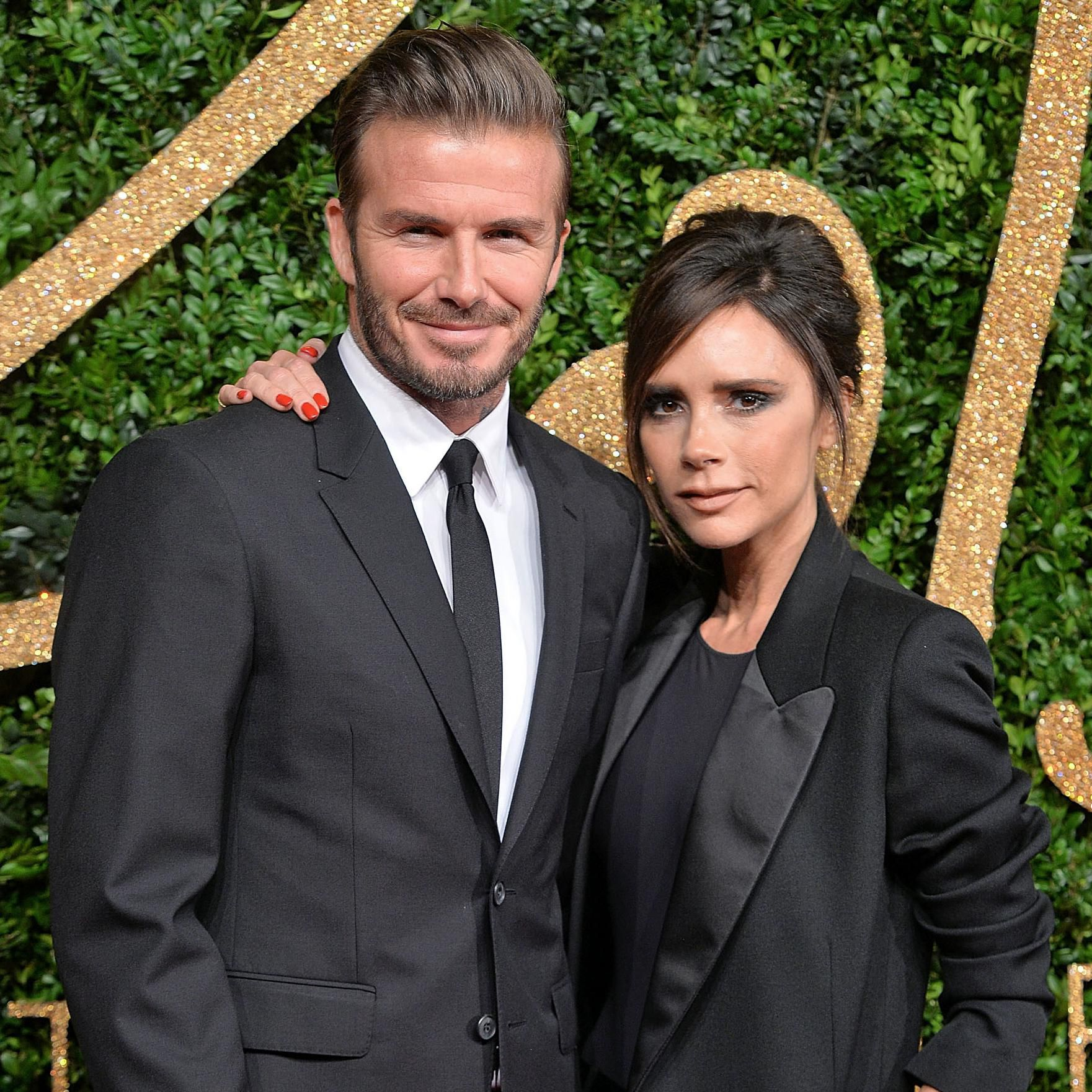 Victoria And David Beckham S Glorious 90s Wedding In Photos