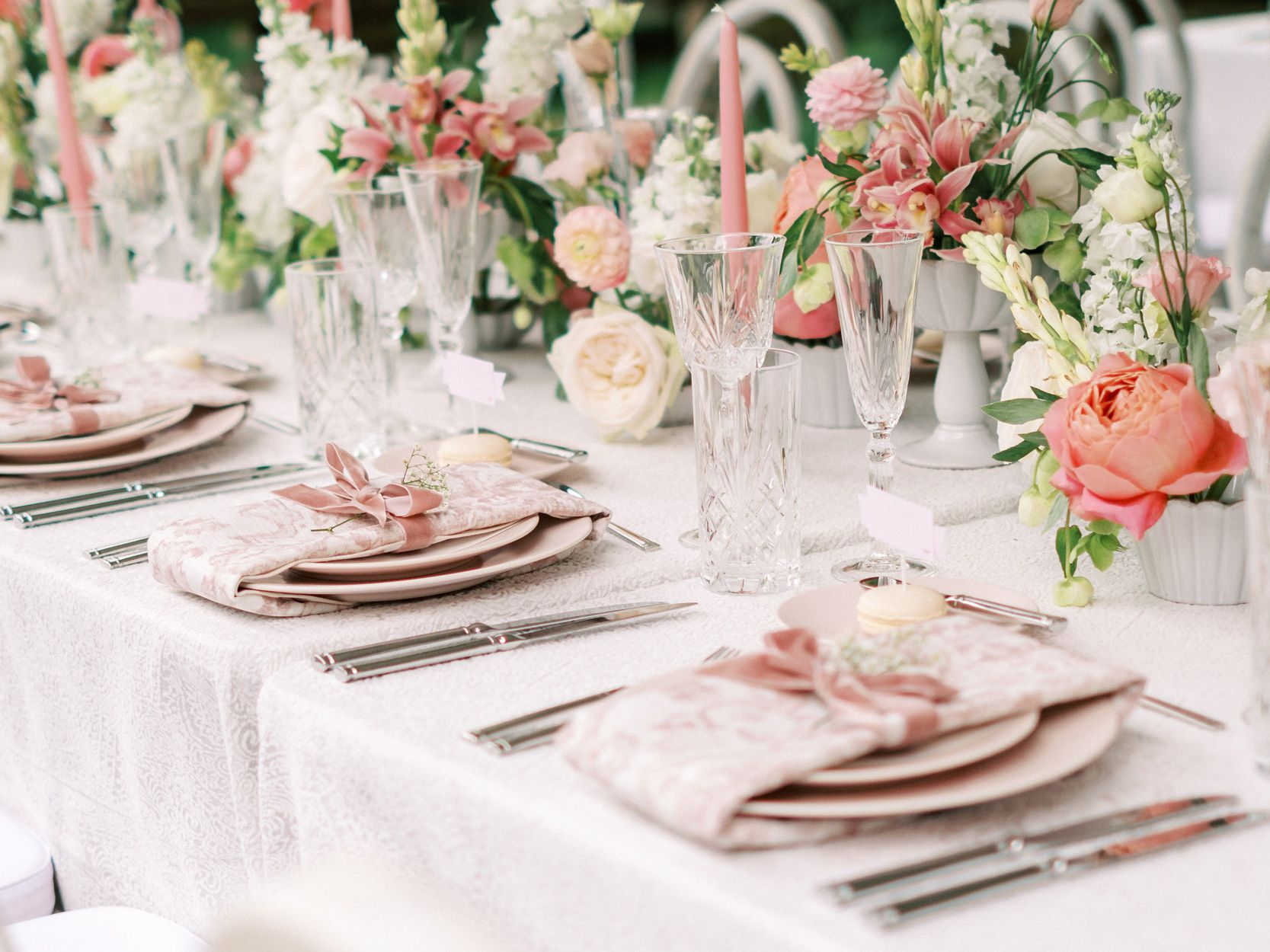 How Much Does a Wedding Planner Cost?