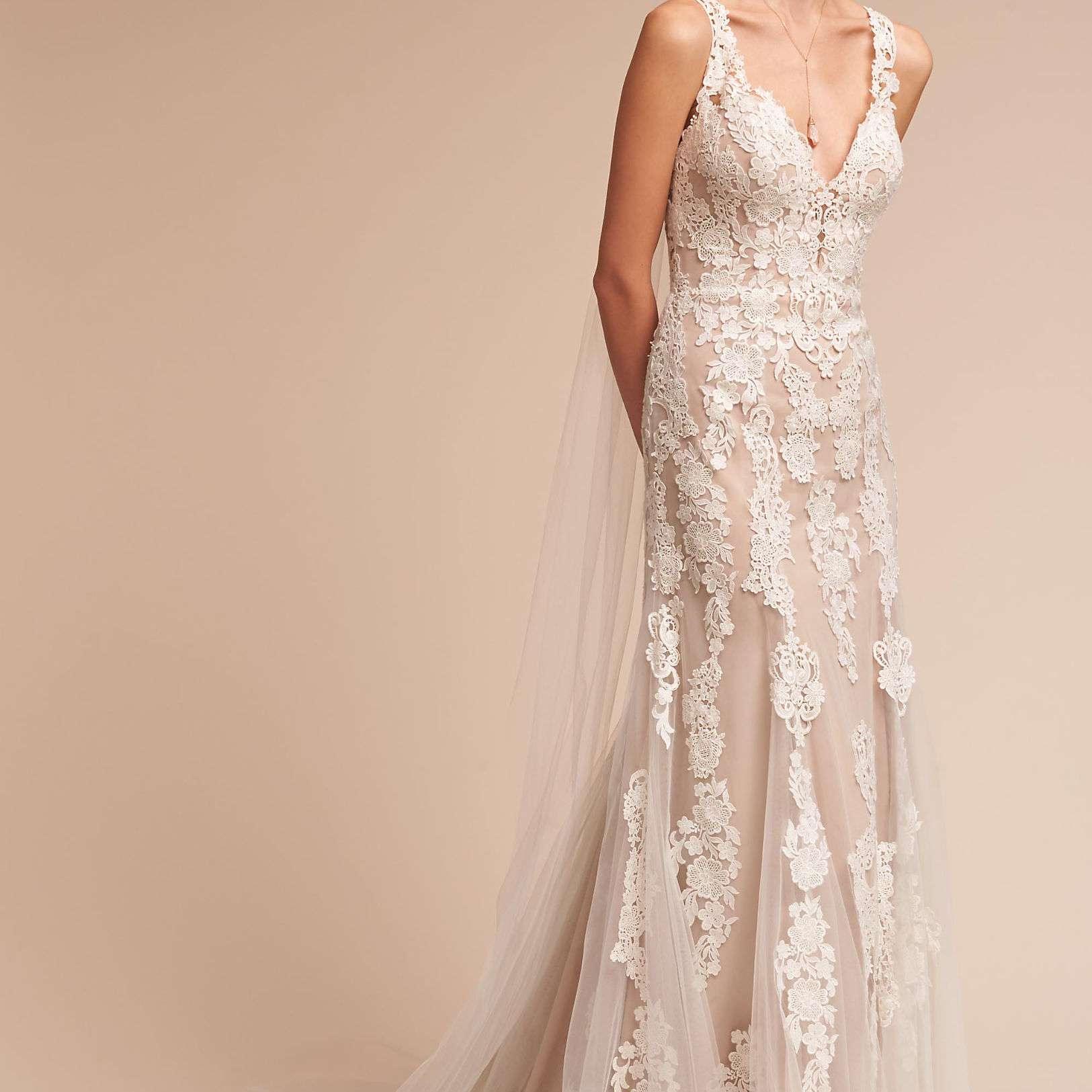 49 Beautiful Bohemian Wedding Dresses That Range From Glamorous To