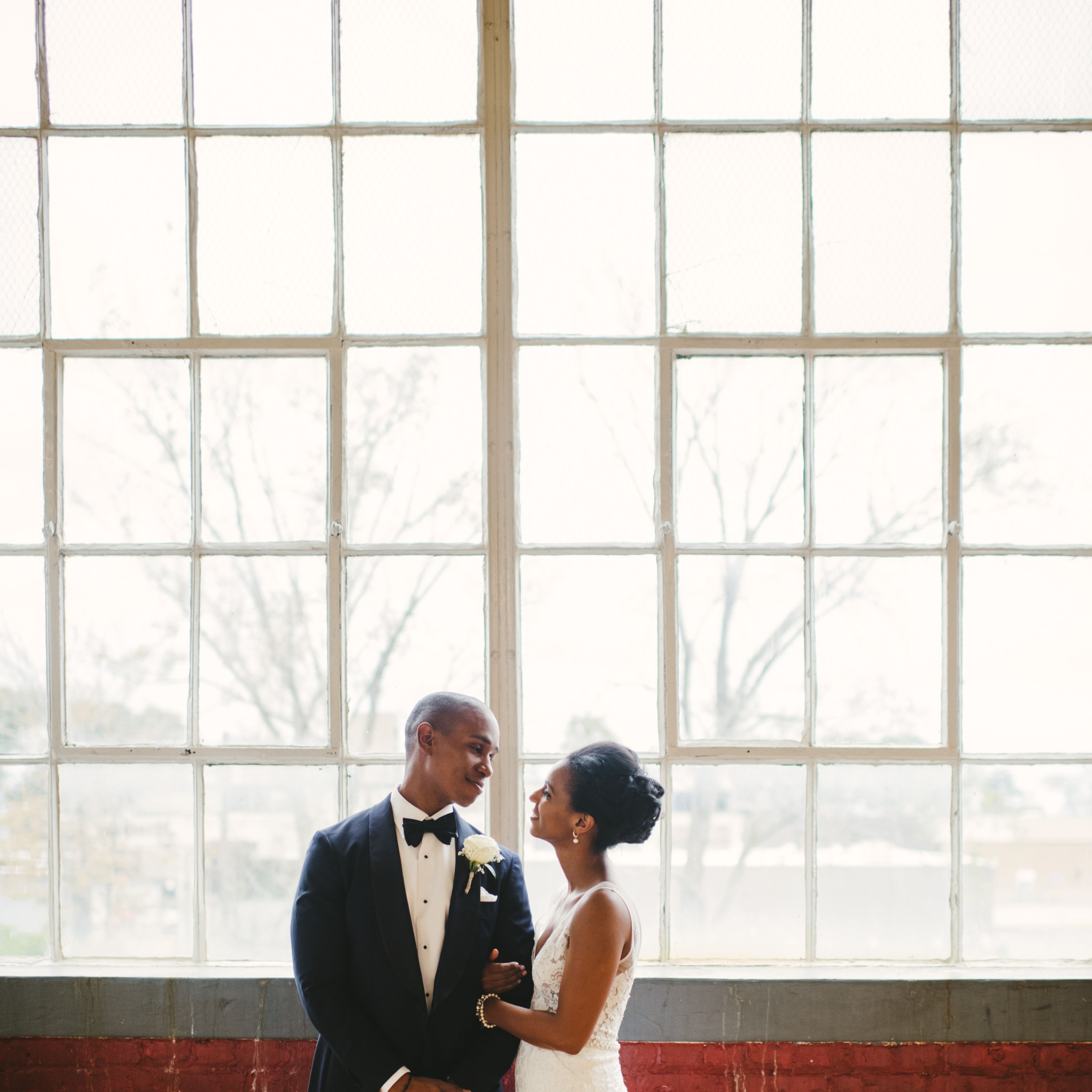 A Romantic Wedding at a Cleveland Art Gallery