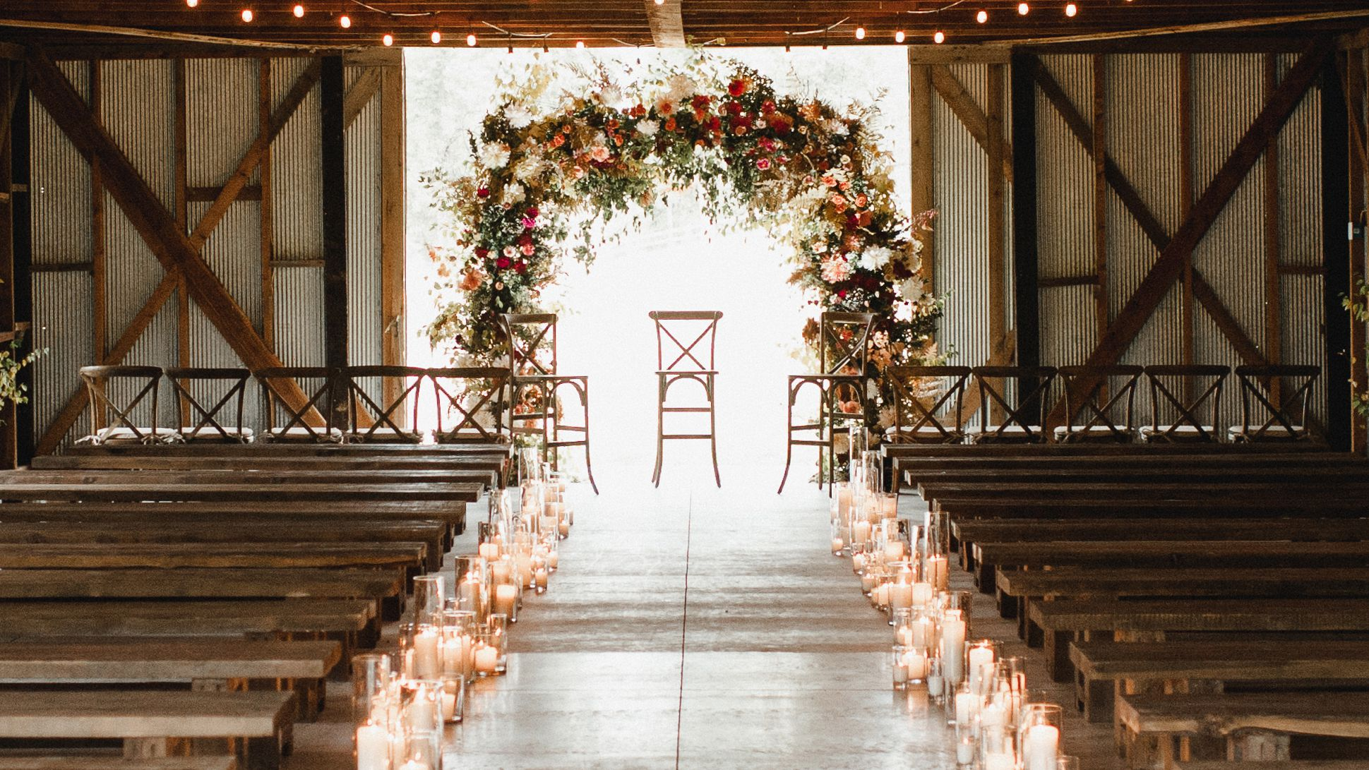 50 Beautiful Ways To Decorate Your Wedding Aisle