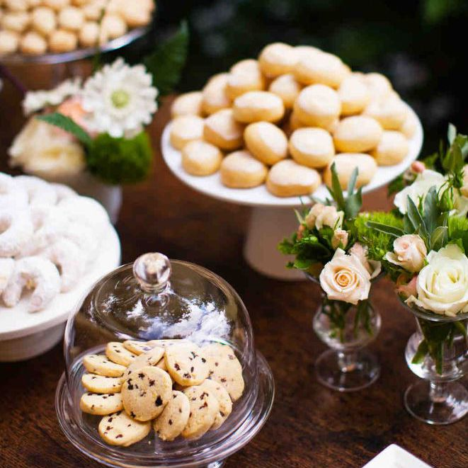 The 2019 Wedding Food Trends Everyone Will Be Eating Up in
