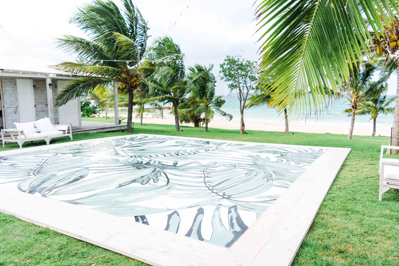 <p>hand-painted seaside dance floor</p><br><br>