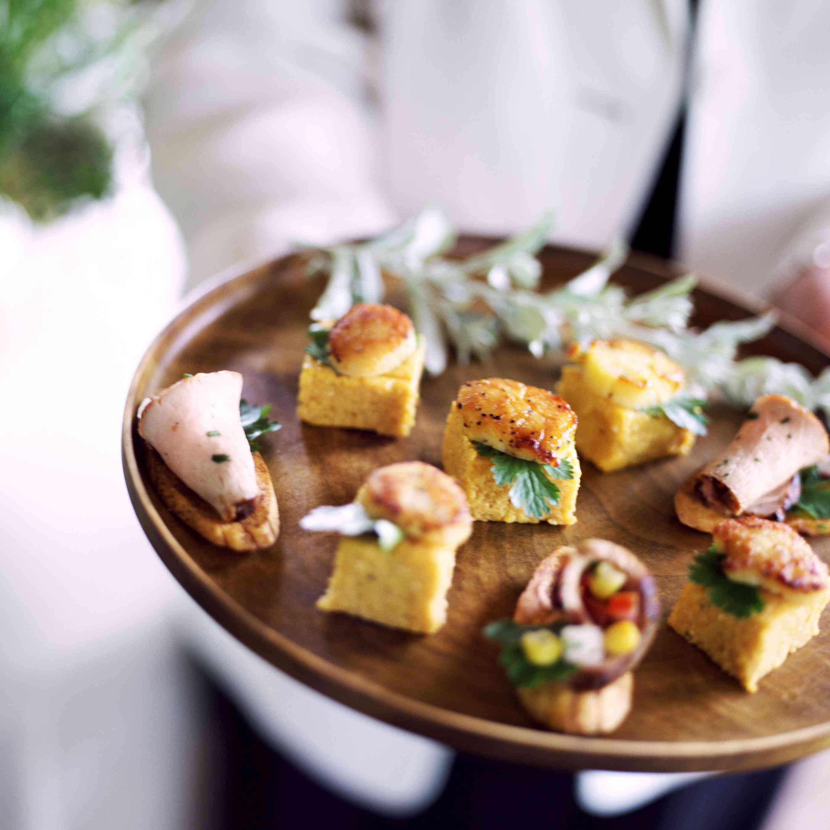 Wedding Cocktail Food Ideas: 17 Passed Hors D'Oeuvres Your Wedding Guests Will Really Love
