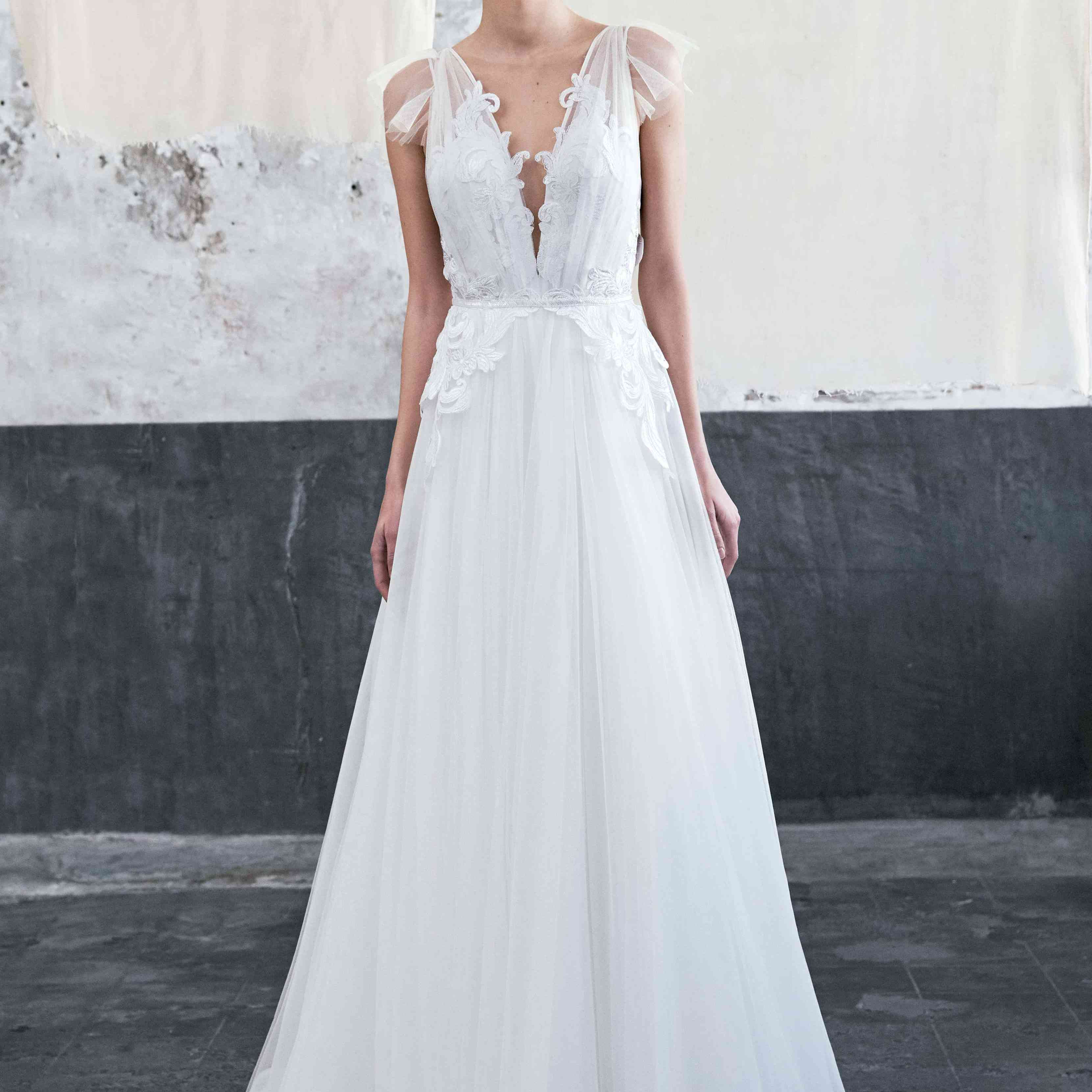 65 Plunging Neckline Wedding Dresses For The Daring Bride
