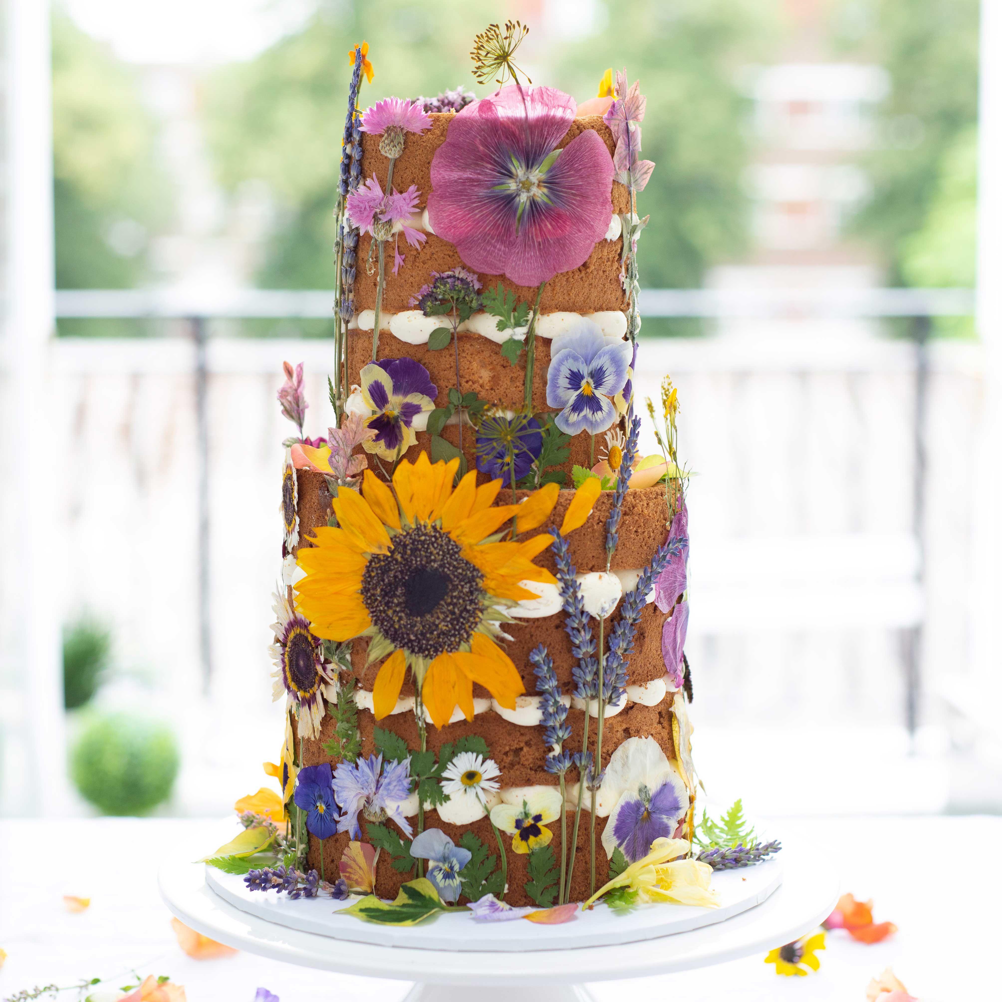 14 Sunflower Wedding Cake Ideas