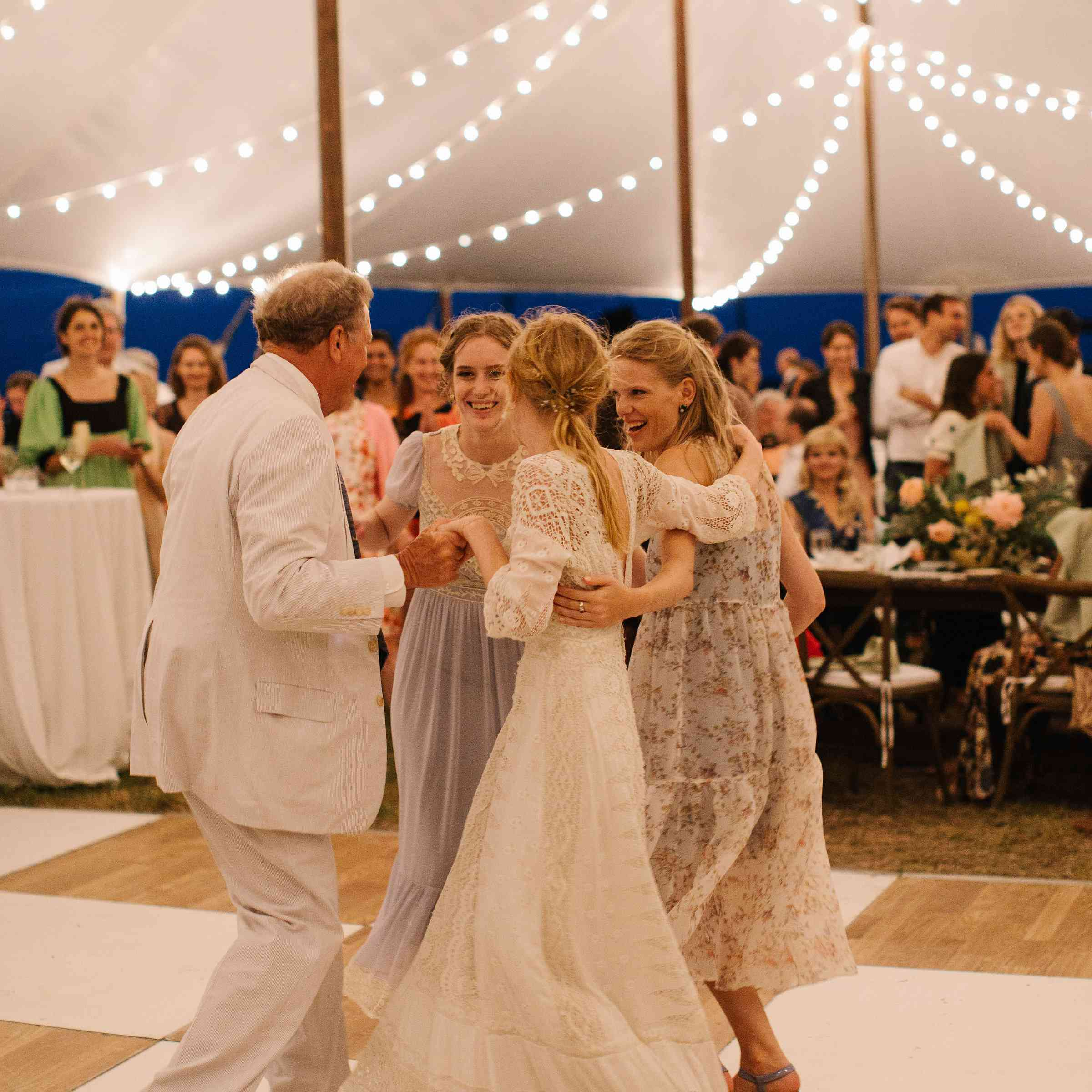 <p>father daughter dance with sisters</p><br><br>