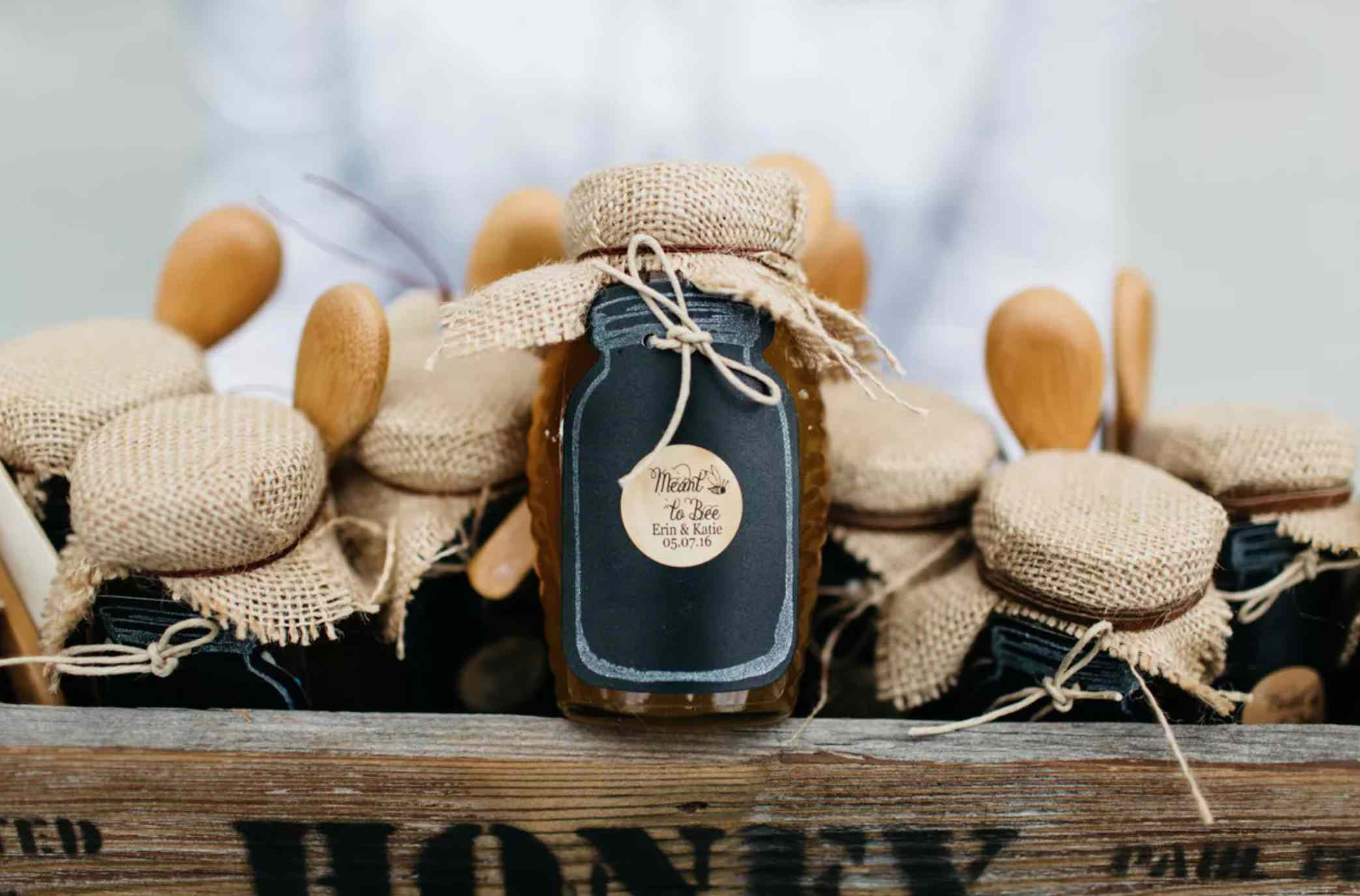 Honey favors with custom tag