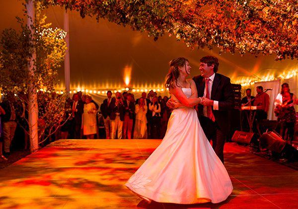 The 38 Best Wedding Songs for a Summertime Celebration