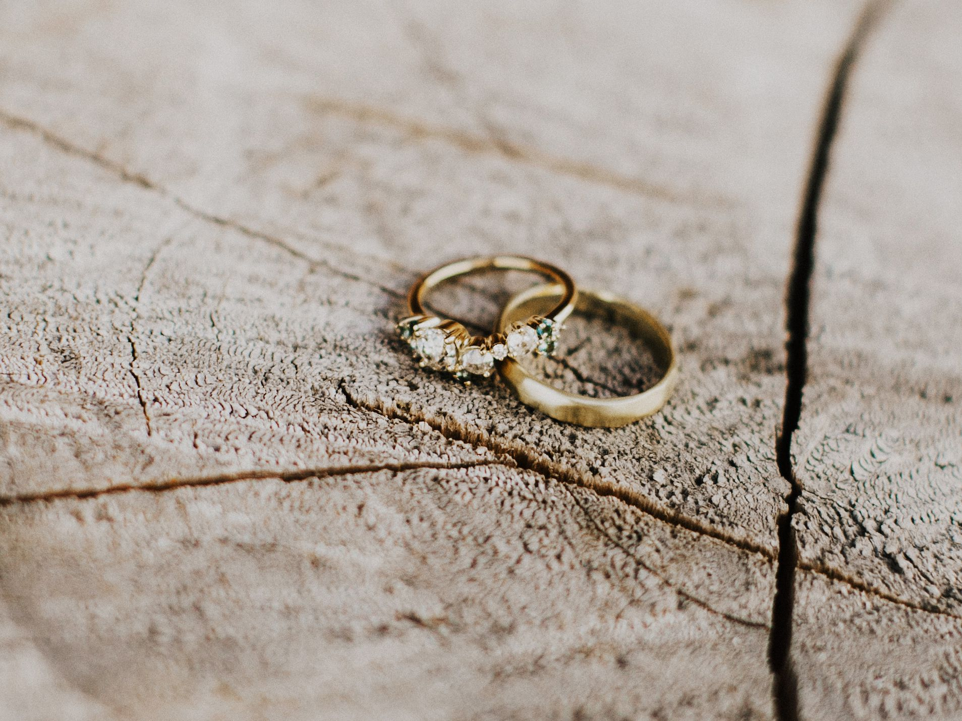 32 Yellow Gold Engagement Rings For Every Budget Style