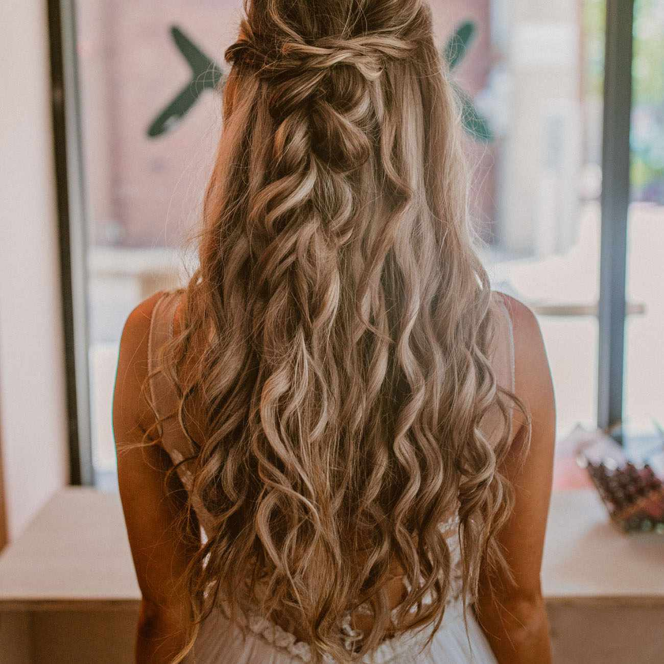 35 Wedding Hairstyles For Brides With Long Hair