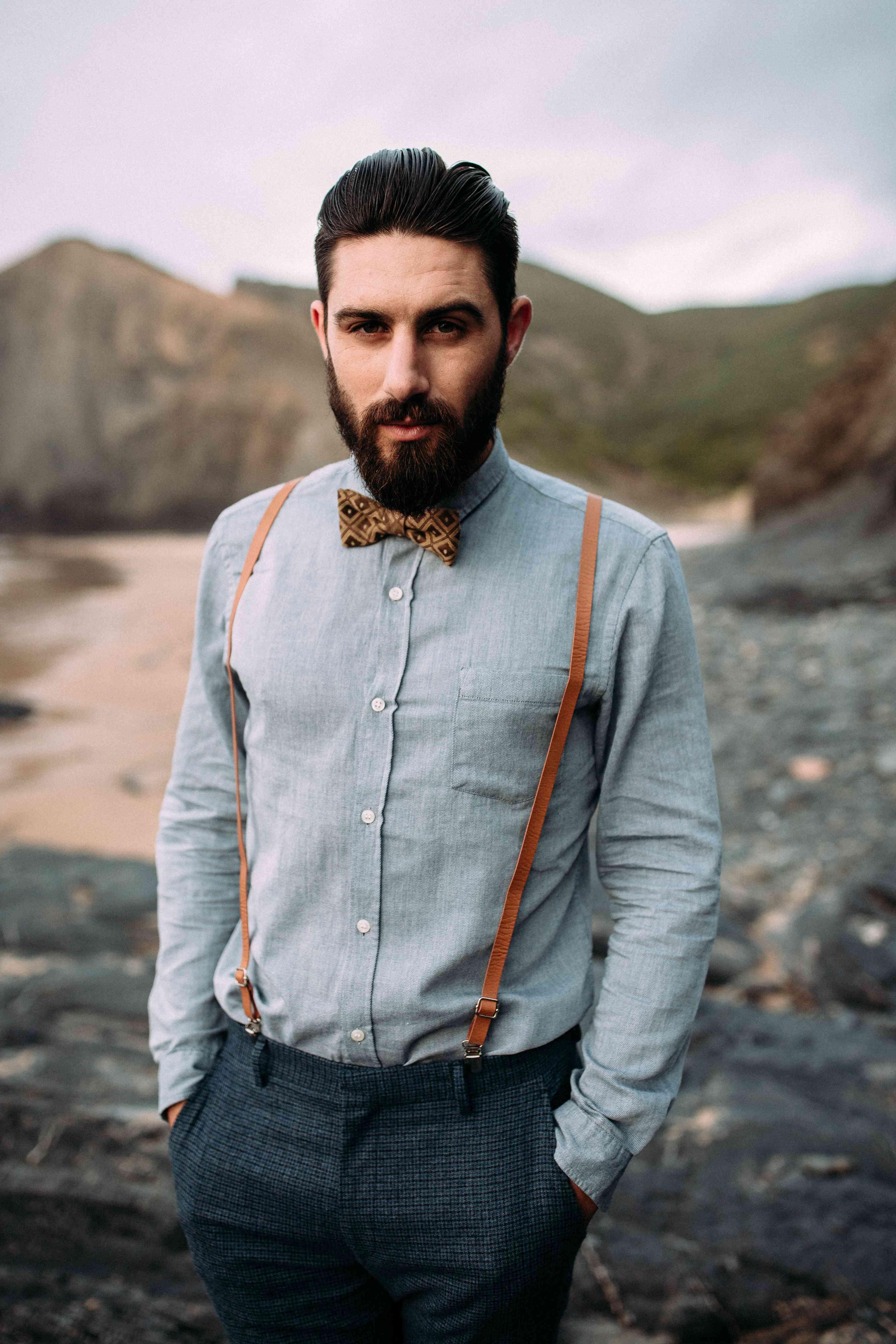 Groom in tweed pants
