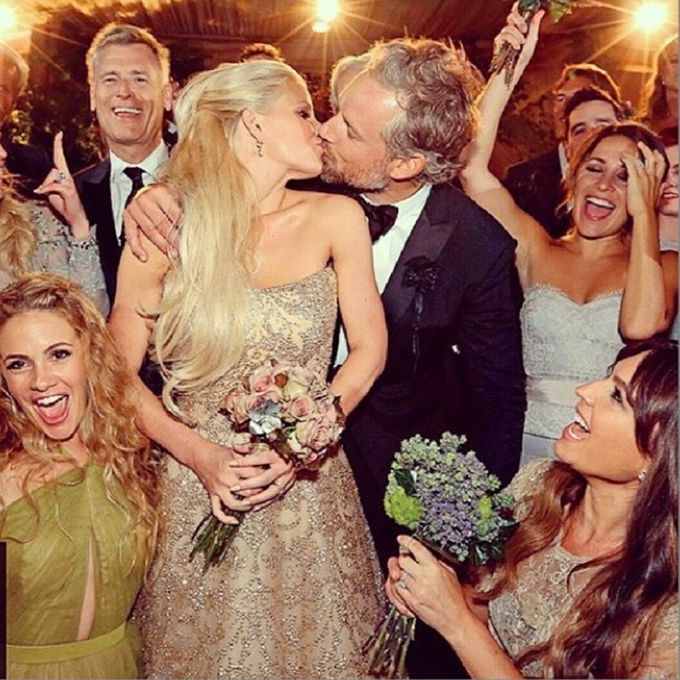Jessica Simpson marries Eric Johnson in Carolina Herrera, 2014
