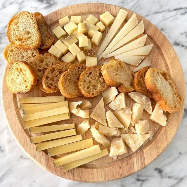 BKLYN Larder Cheese and Crackers Gift Box