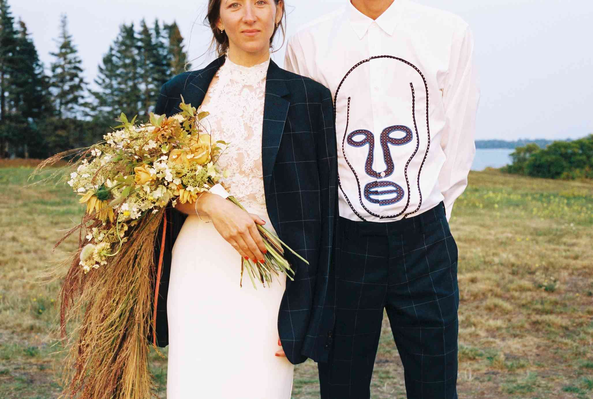 <p>bride and groom style</p><br><br>