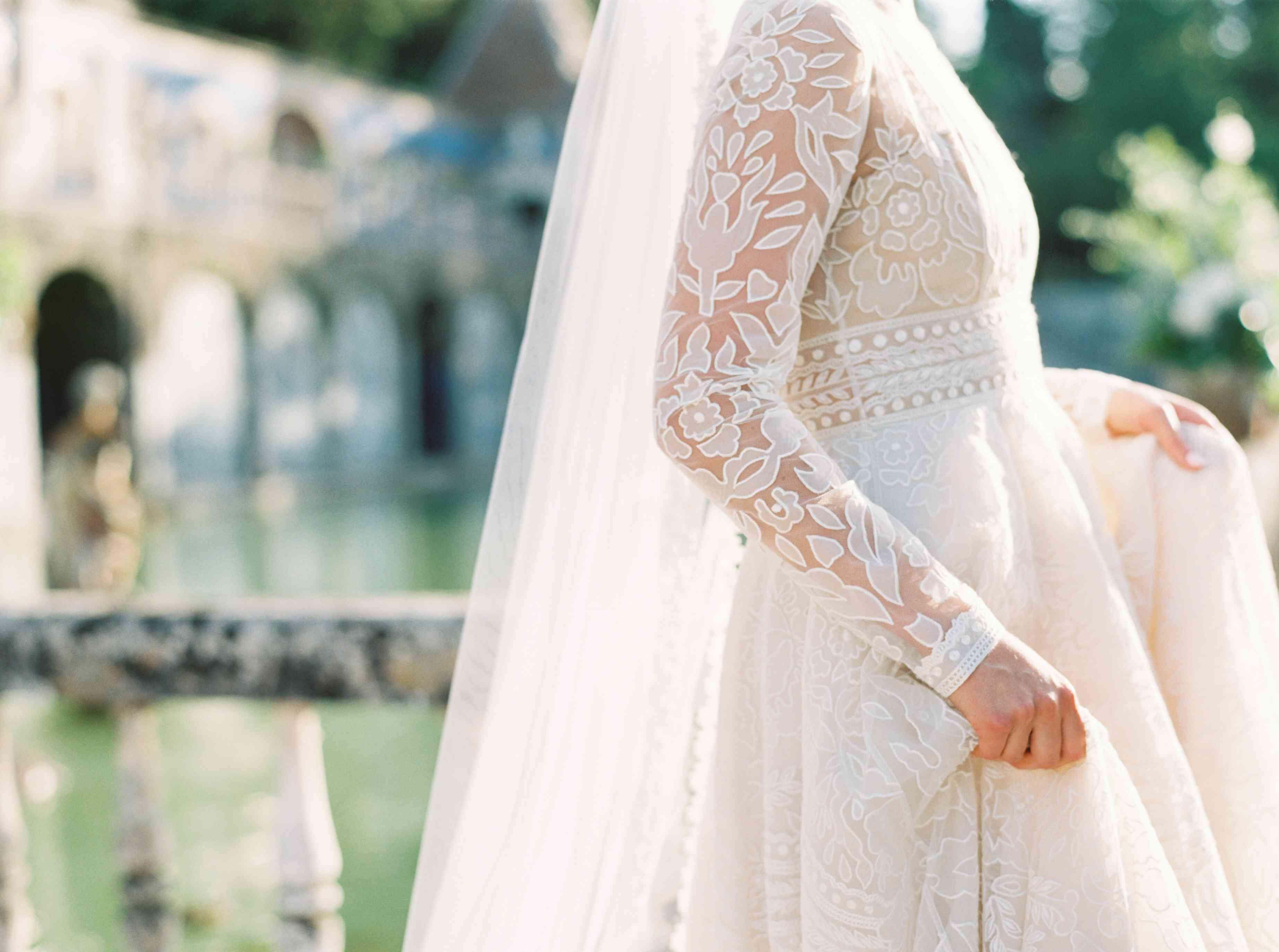 wedding dress sleeve