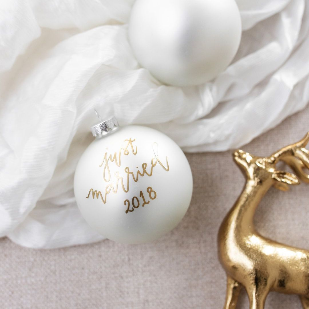 Etsy Christmas Ornaments.25 Newlywed And Newly Engaged Christmas Ornaments That Are