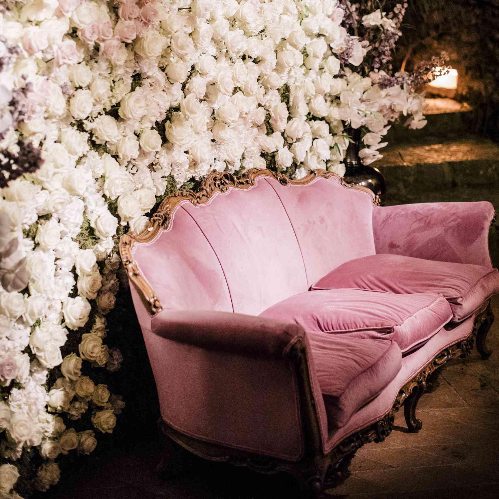 Wall Decoration Ideas Wedding: 20 Stunning Wedding Flower Wall Ideas