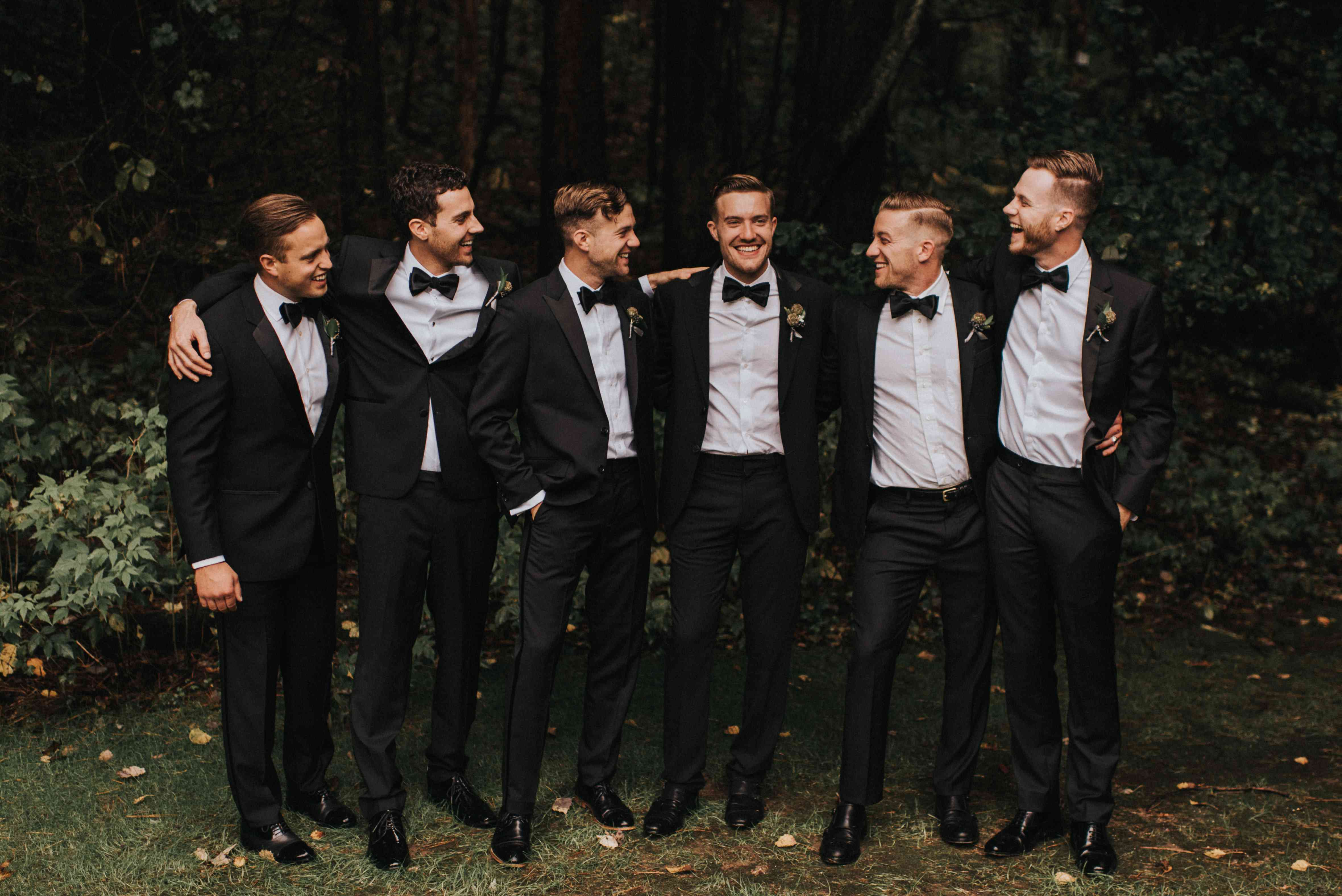 personalized michigan wedding, groom and groomsmen in tuxedos