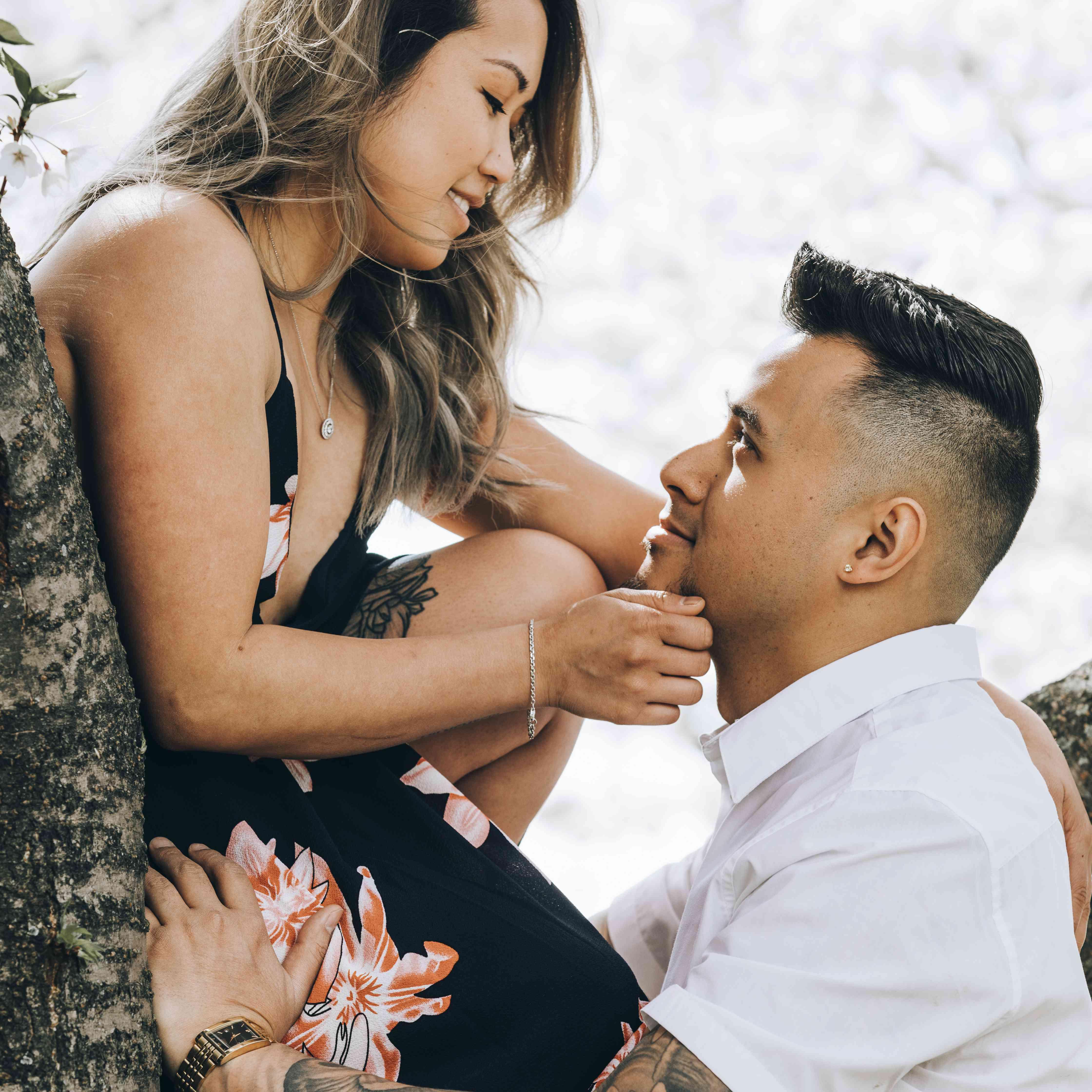 Couple's portrait in tree