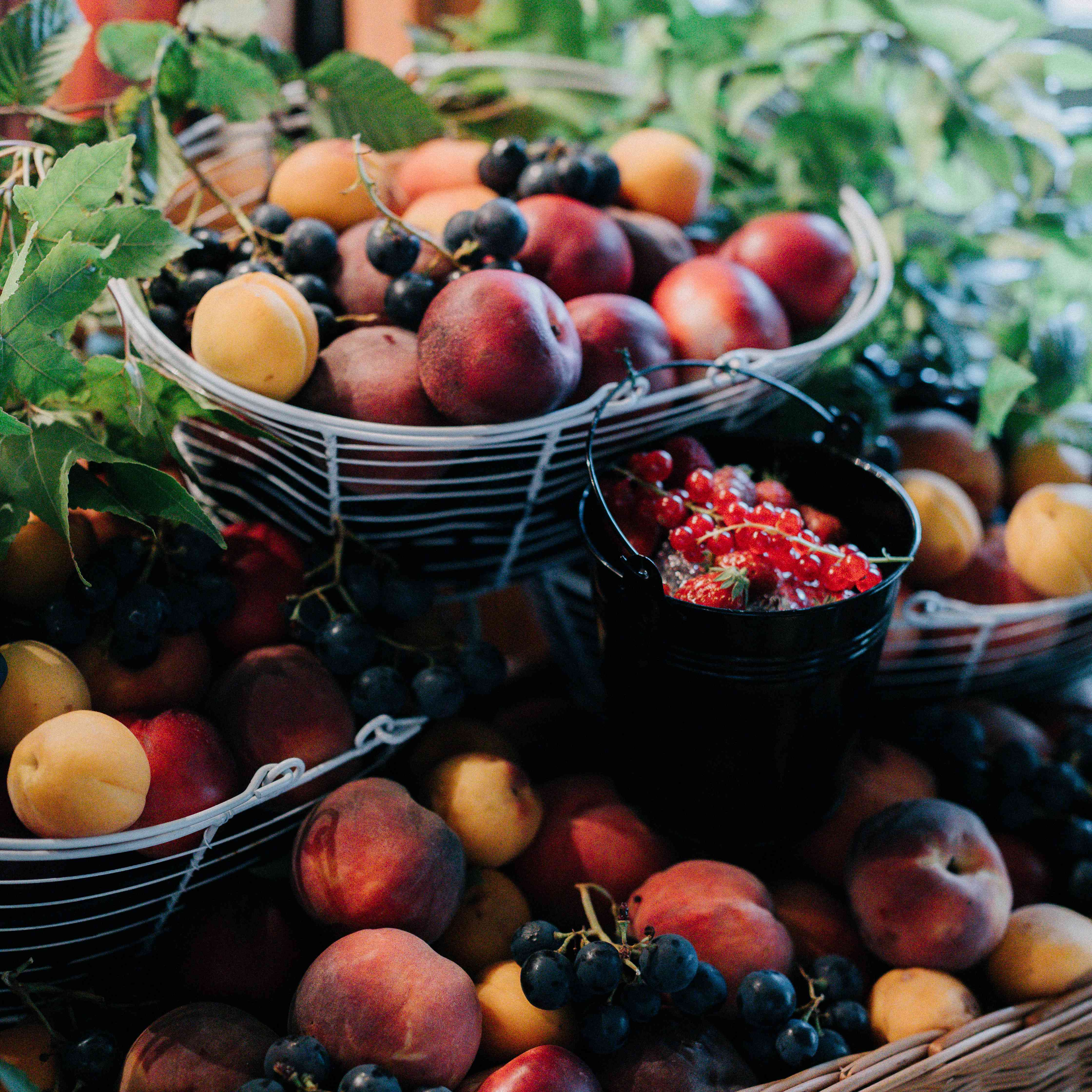<p>fruit baskets at wedding</p><br><br>